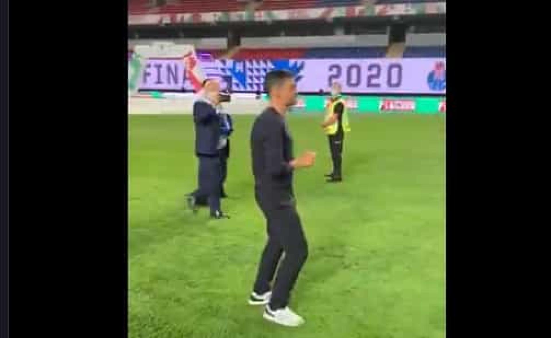Sérgio Conceição até dançou após a conquista da Taça de Portugal
