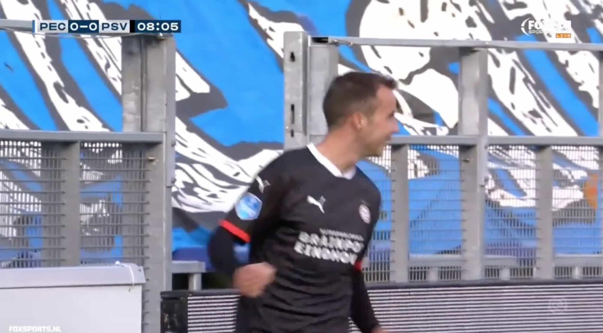 Gotze já marca pelo PSV. Só precisou de... 8 minutos e 3 segundos