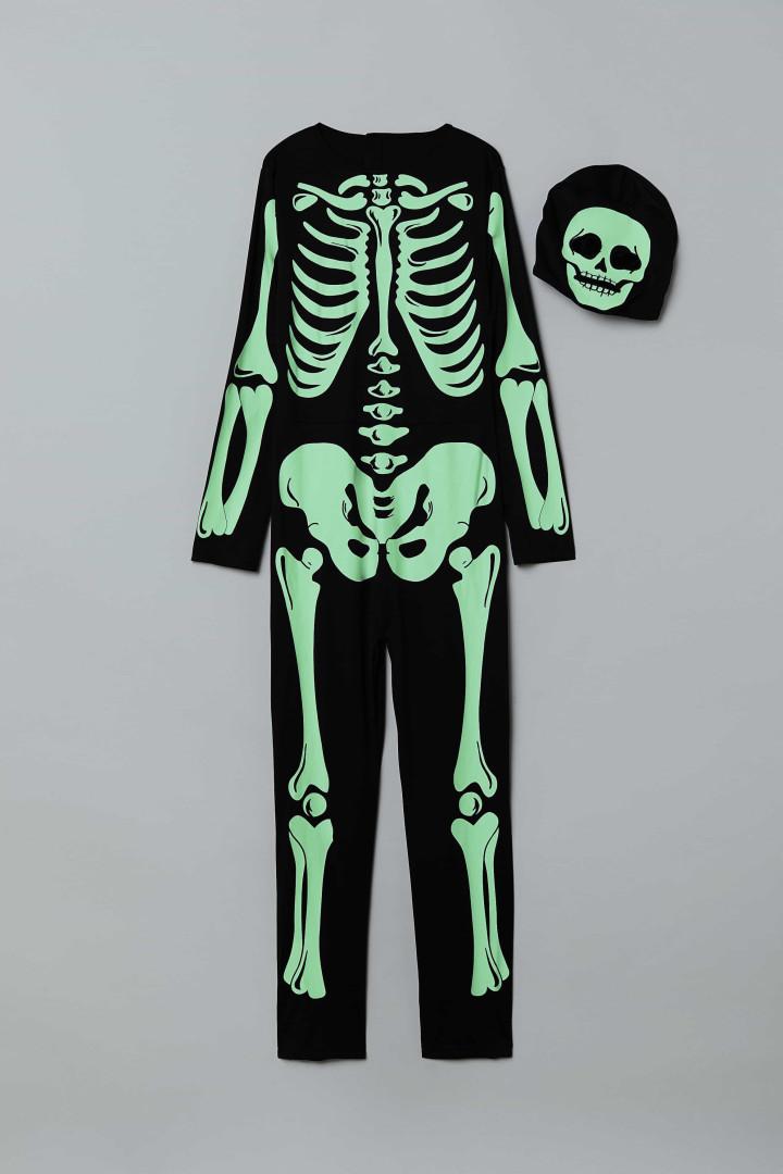 Coleção de Halloween da H&M tem vampiros, esqueletos e abóboras