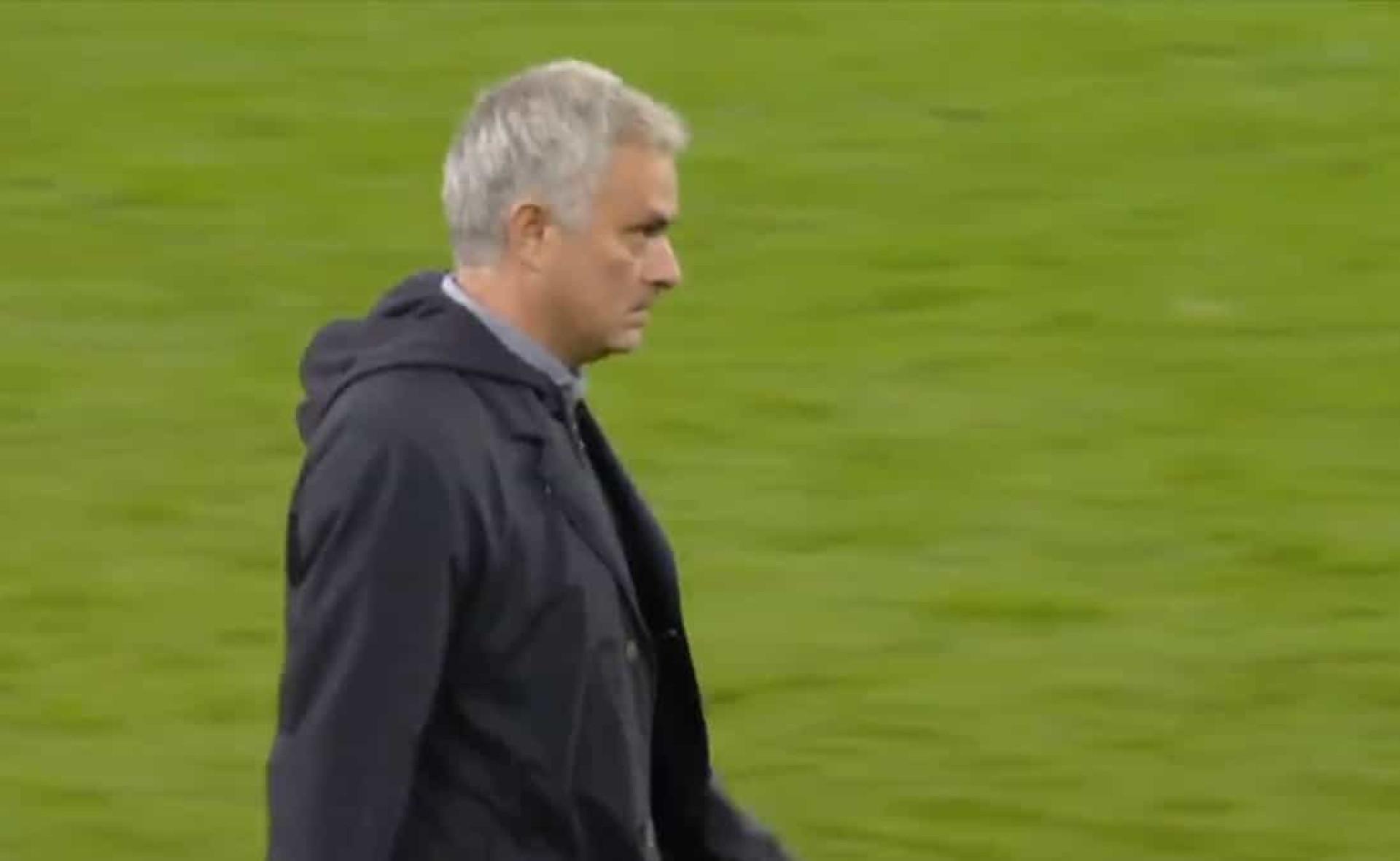 A reação de Mourinho após vencer o Manchester City