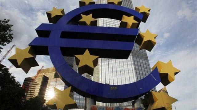 Crescimento da zona euro abrandou em março