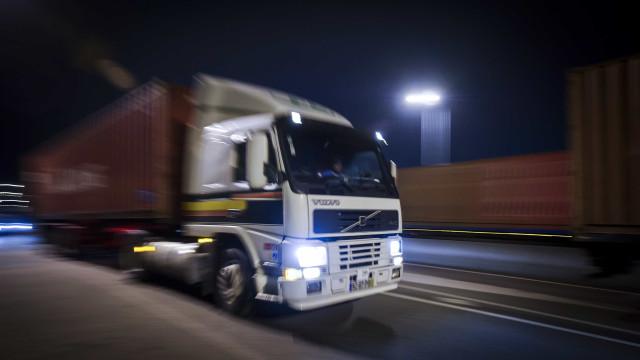 """Greve dos motoristas de matérias perigosas """"ultrapassa limites"""""""
