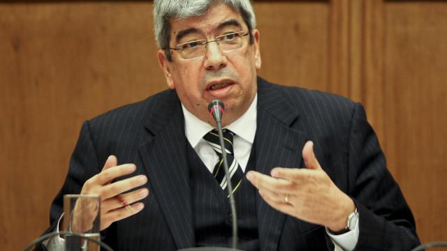 """CGD: Ferro Rodrigues espera que nova comissão """"vá mais longe"""""""