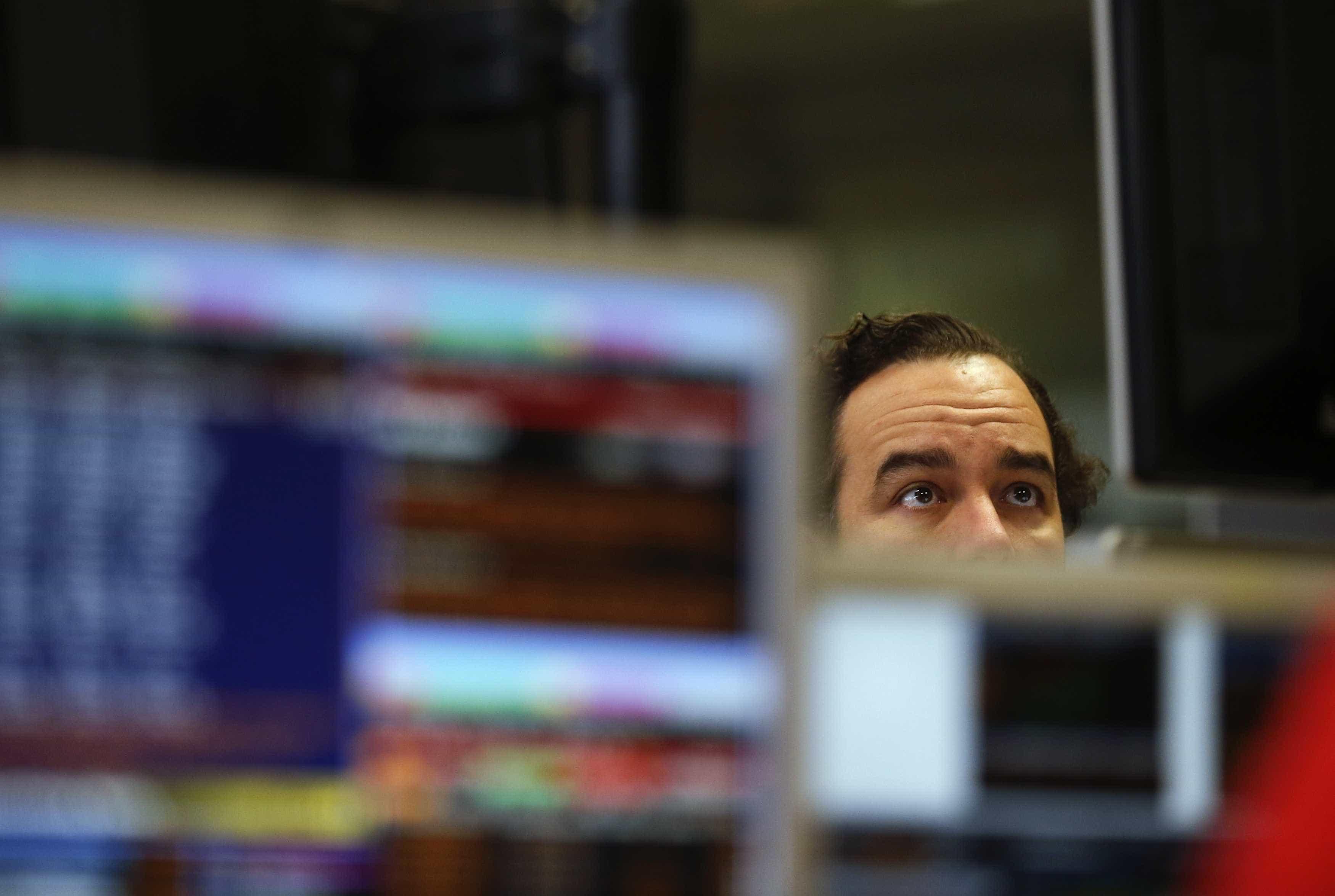 Bolsas europeias em baixa pendentes da reunião do BCE