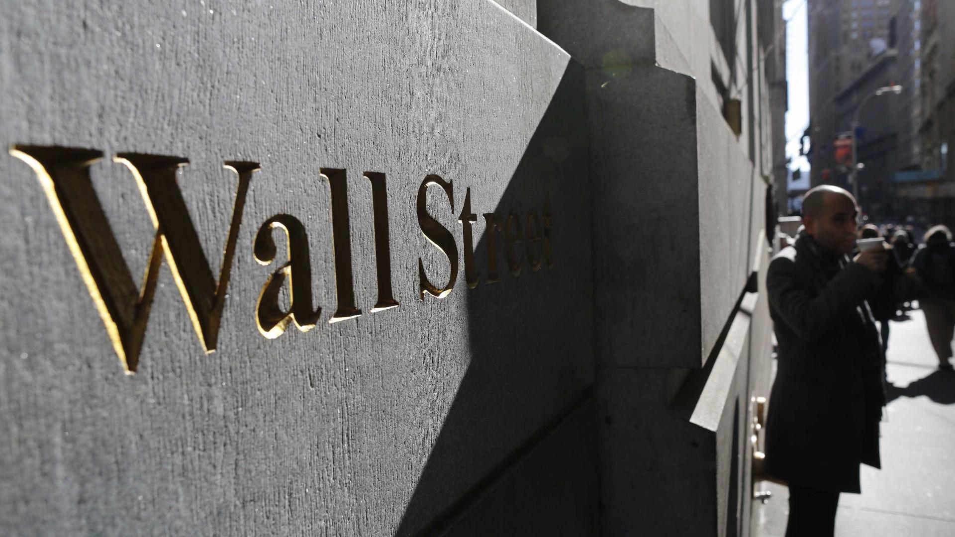 Wall Street termina penúltima negociação de 2020 com máximo no Dow Jones