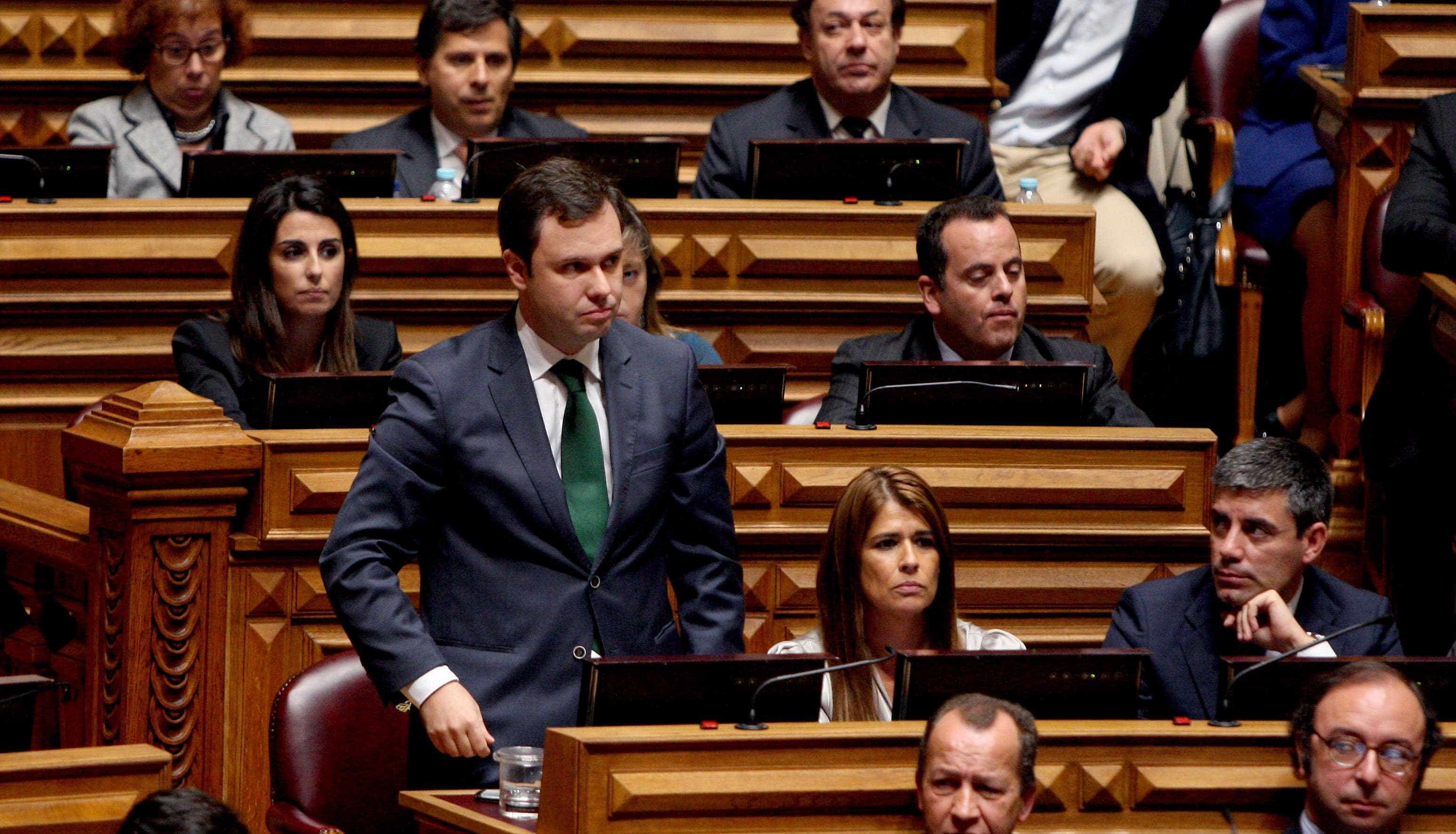 """Regresso de luso-venezuelanos é """"oportunidade"""" para dinamizar a Madeira"""