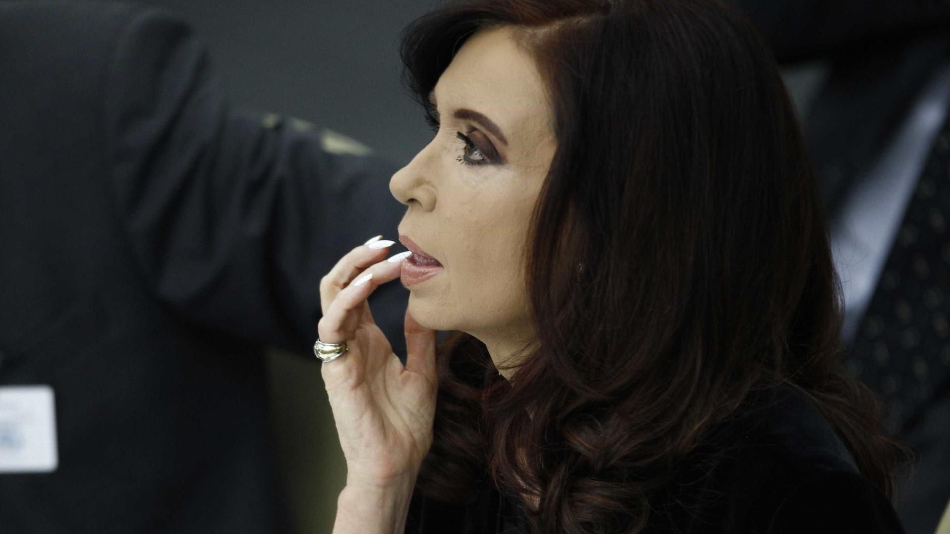 Ministro nega perseguição política a ex-presidente Cristina Kirchner