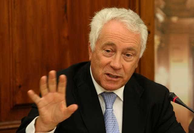 Governador do Banco de Portugal vai ser chamado ao Parlamento