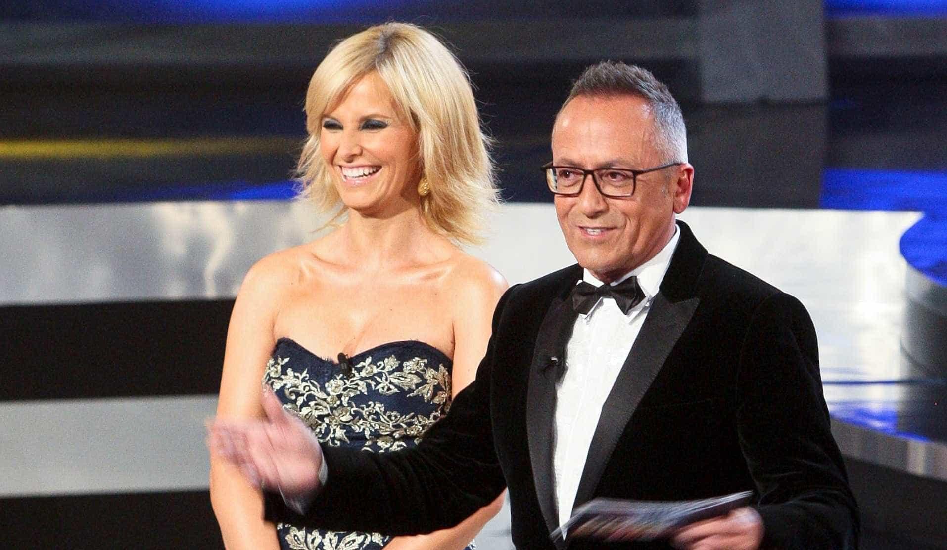 Cristina Ferreira não fica indiferente ao look de Manuel Luís Goucha