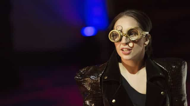 Lady Gaga reage a rumores de alegada gravidez