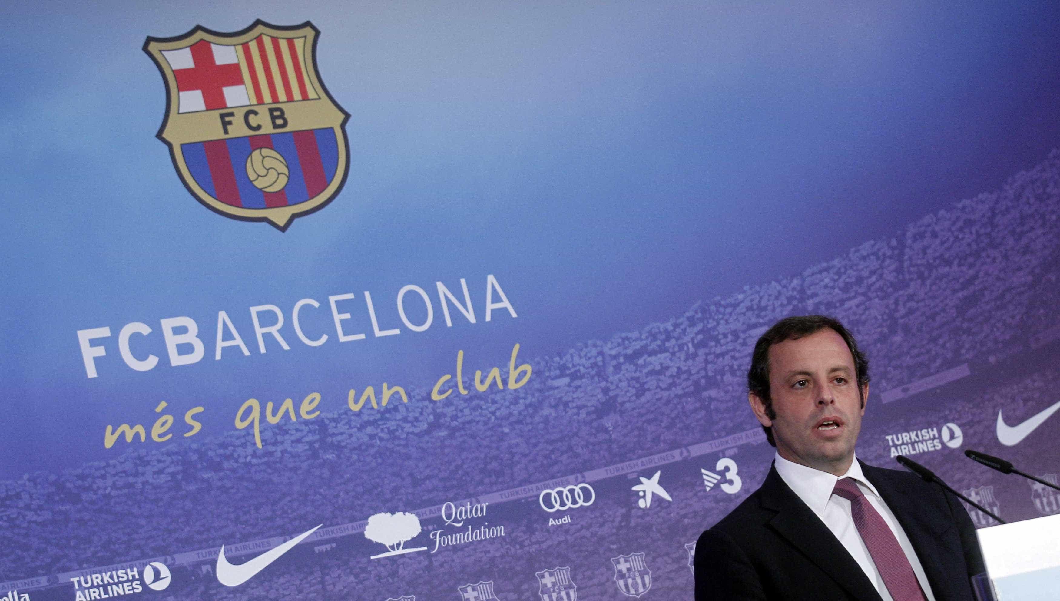 """Ex-líder do Barça desesperado: """"Nem um pão posso comprar à minha mulher"""""""