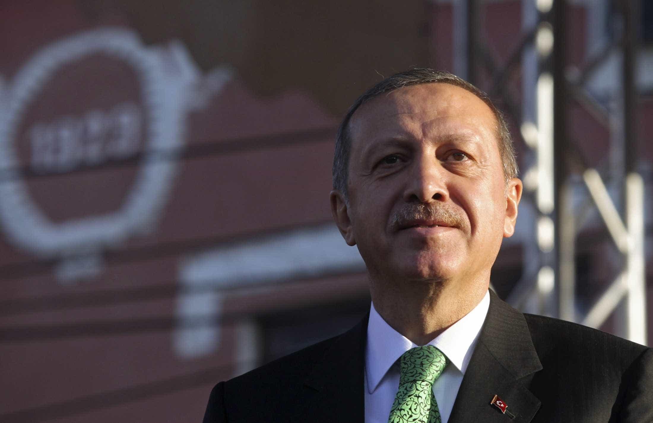 Holanda: Presidente turco diz que está a recolher informações