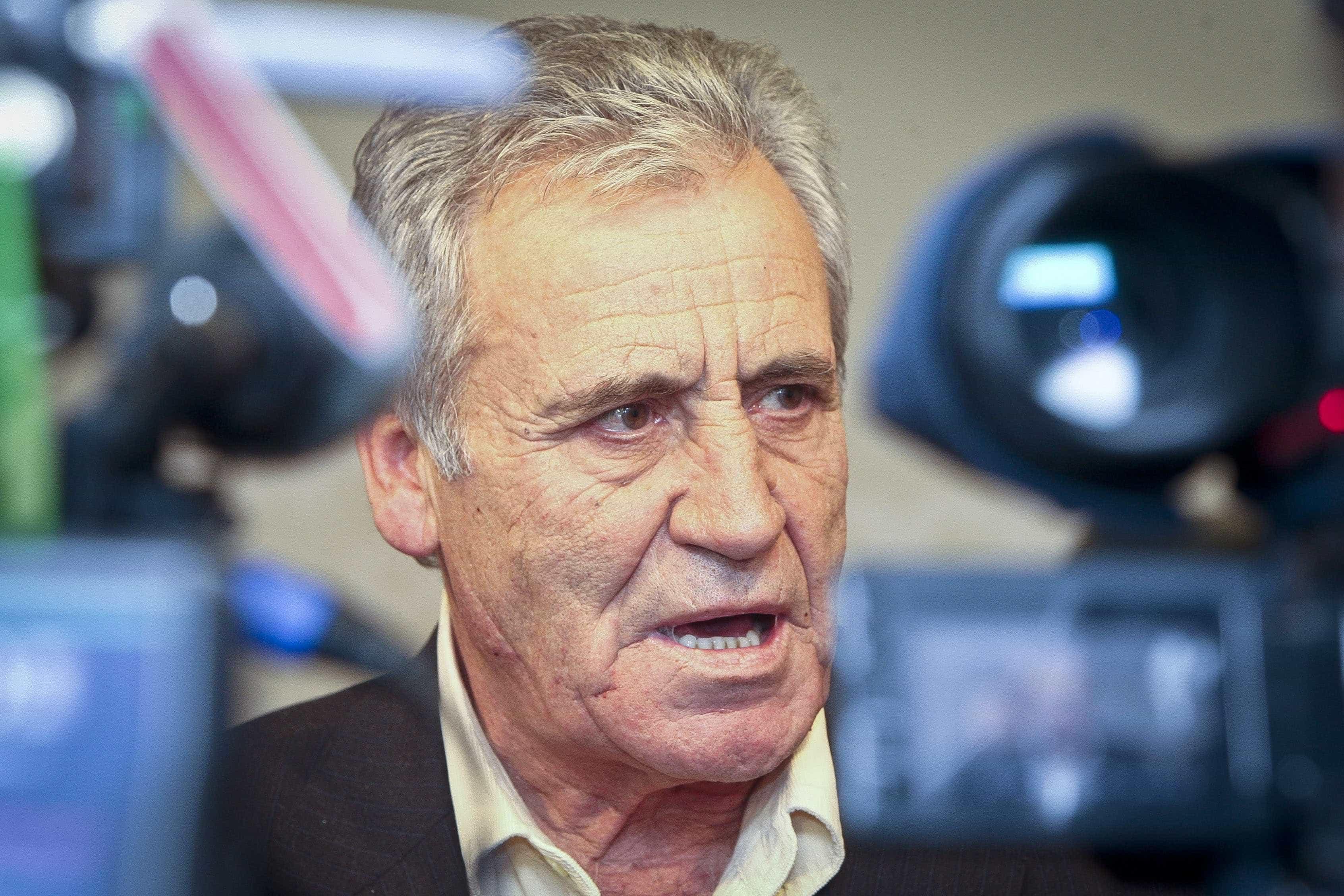 "PCP defende que ""se o Estado paga"" deve gerir o Novo Banco"