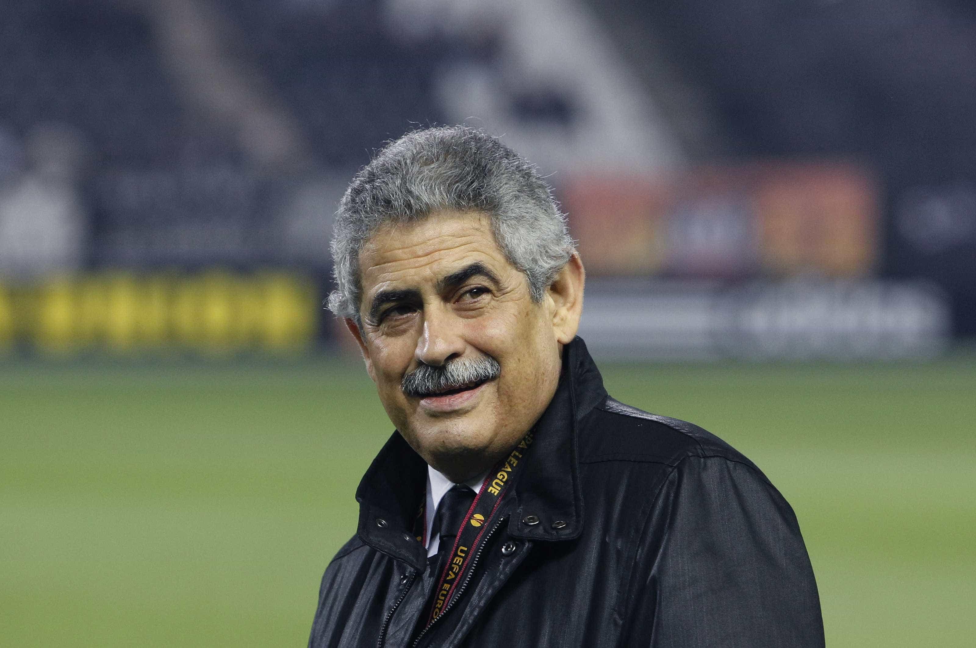 """O aviso de Vieira: """"É para jogar à Benfica. Não é para jogar lento lento"""""""