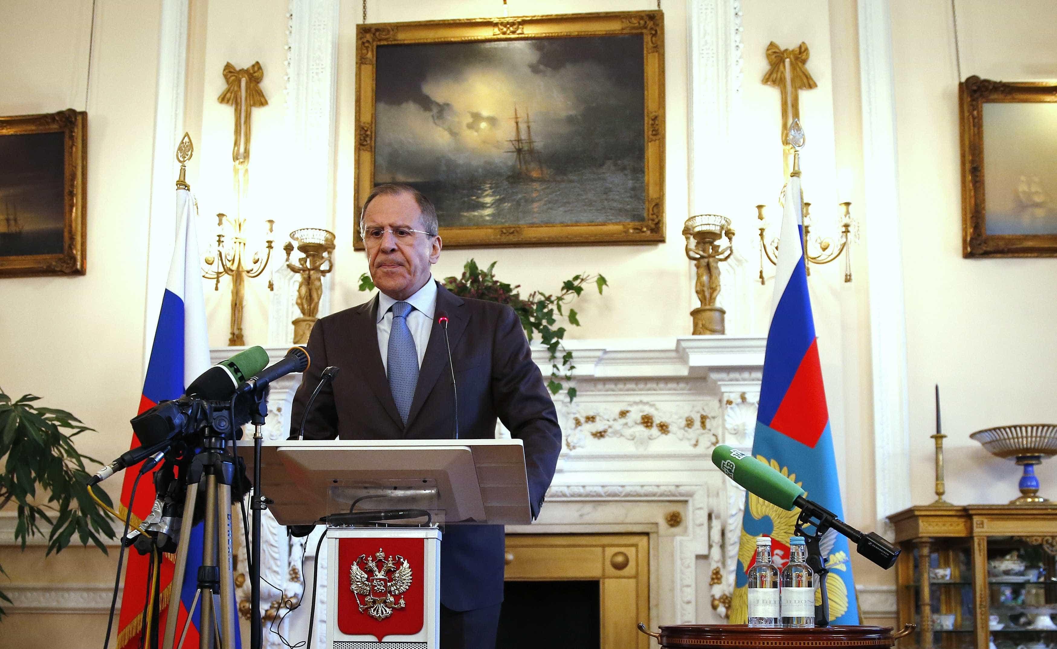 Serguei Lavrov acusa EUA de impedirem retirada do campo de Rubkan