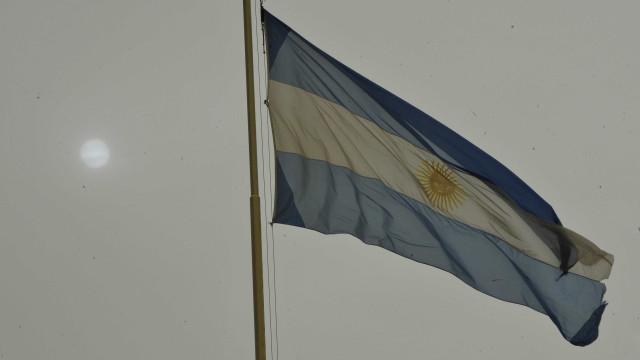 Argentina recebe 43 mil páginas de documentos sobre ditadura militar