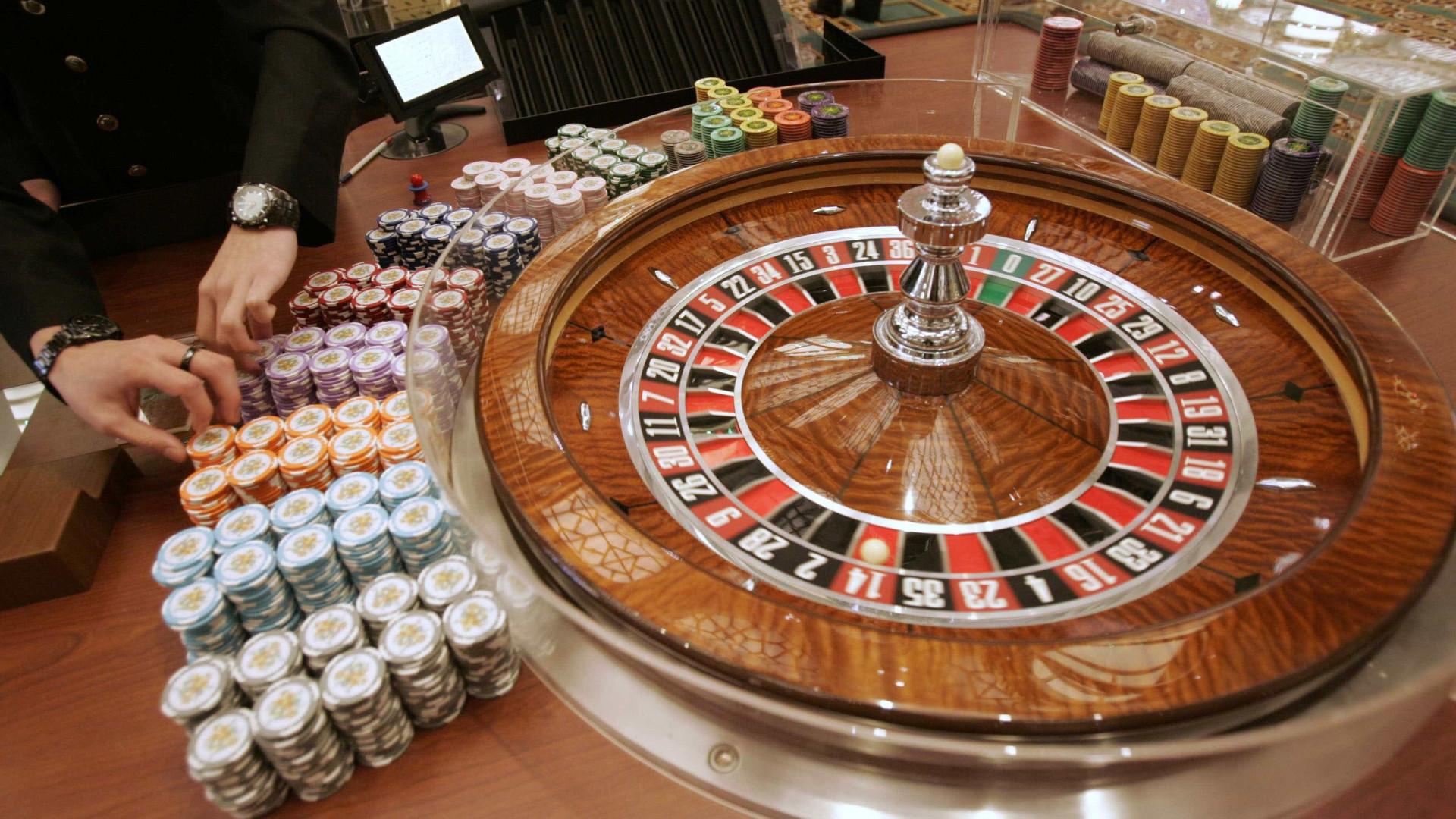 """Casinos sem jogos? Sindicato fala em """"situação absurda"""" e pede ajudas"""