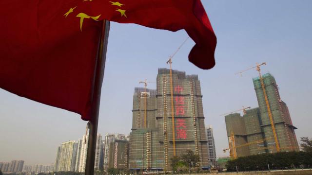 China elimina 'hokou' em cidades até três milhões de habitantes