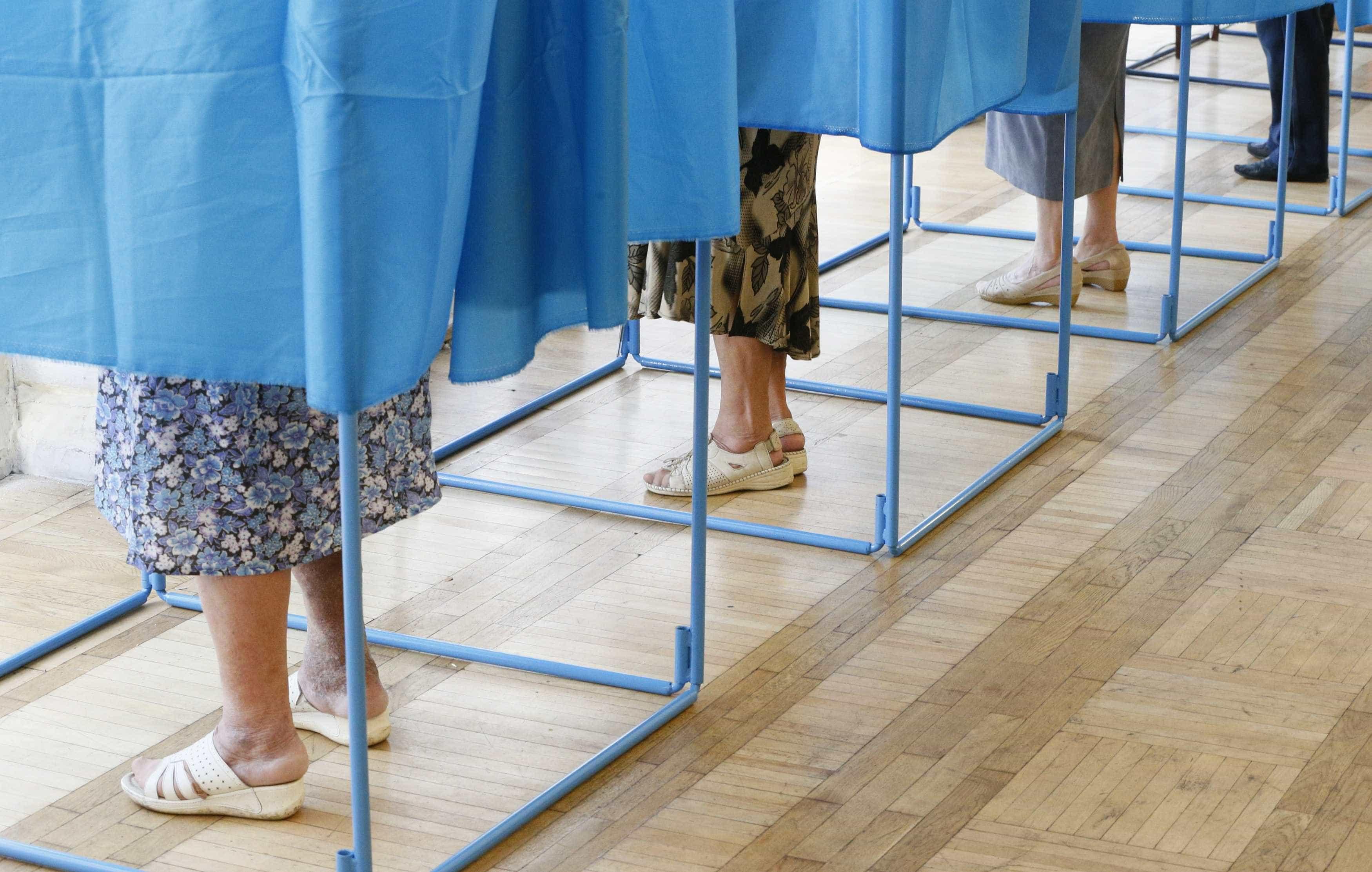 Eleições no Brasil marcadas por mortes em mesas de voto