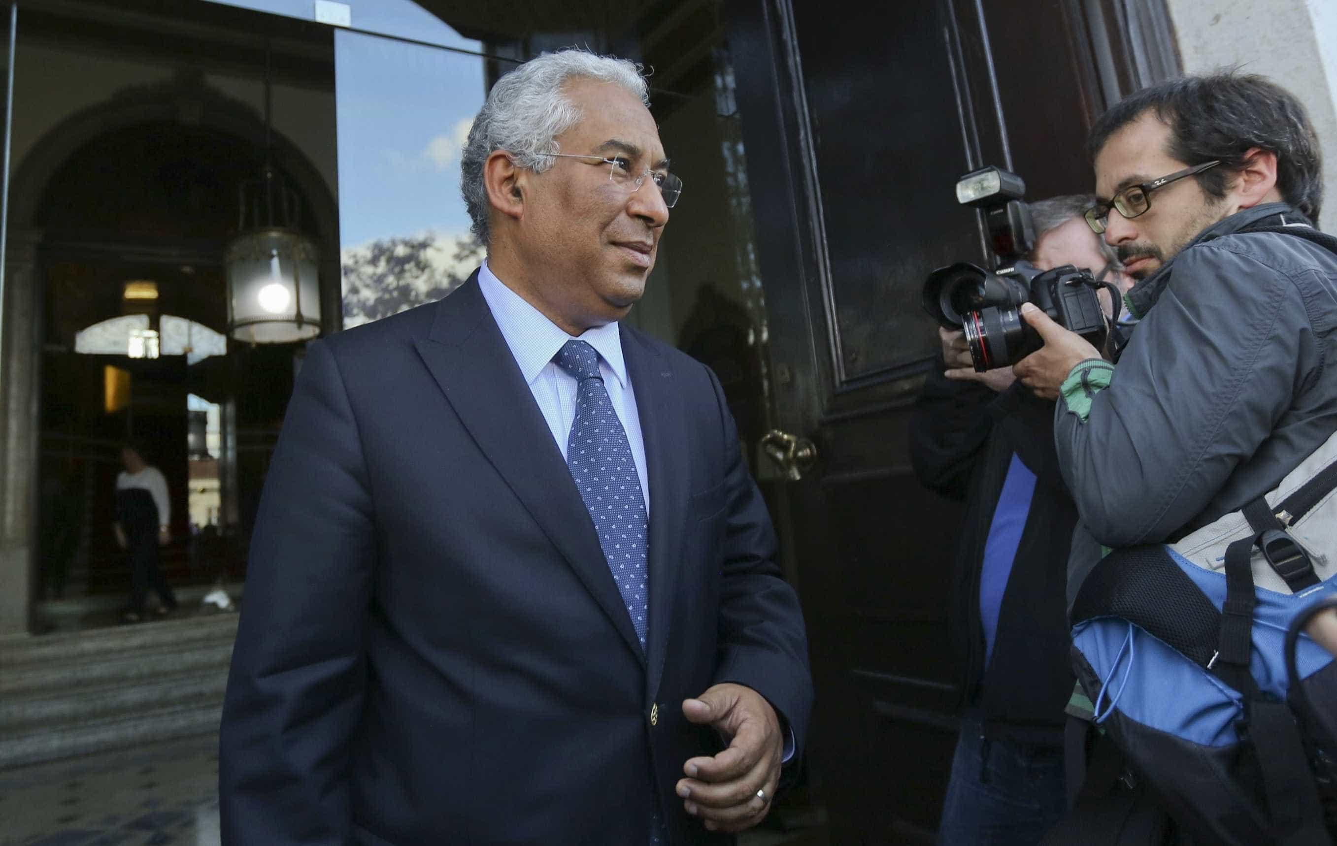 """Costa manifesta """"profunda tristeza"""" pela morte de João Vasconcelos"""