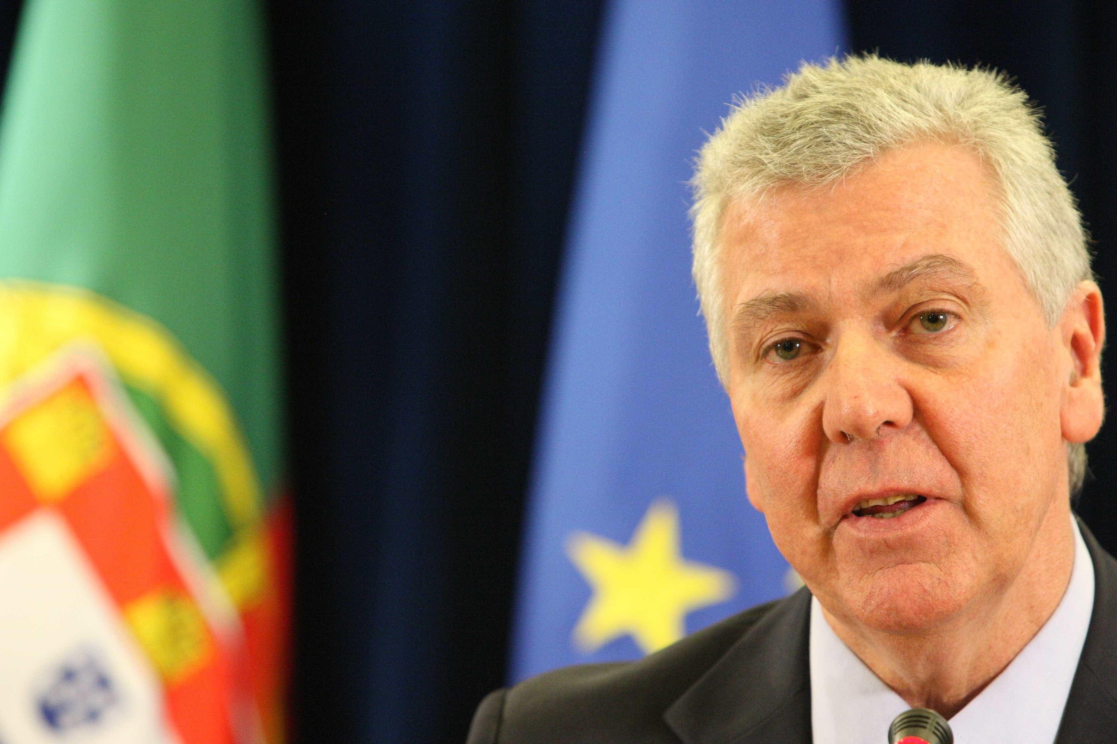 Brexit? Deputado do PSD alerta para problemas com cadernos eleitorais
