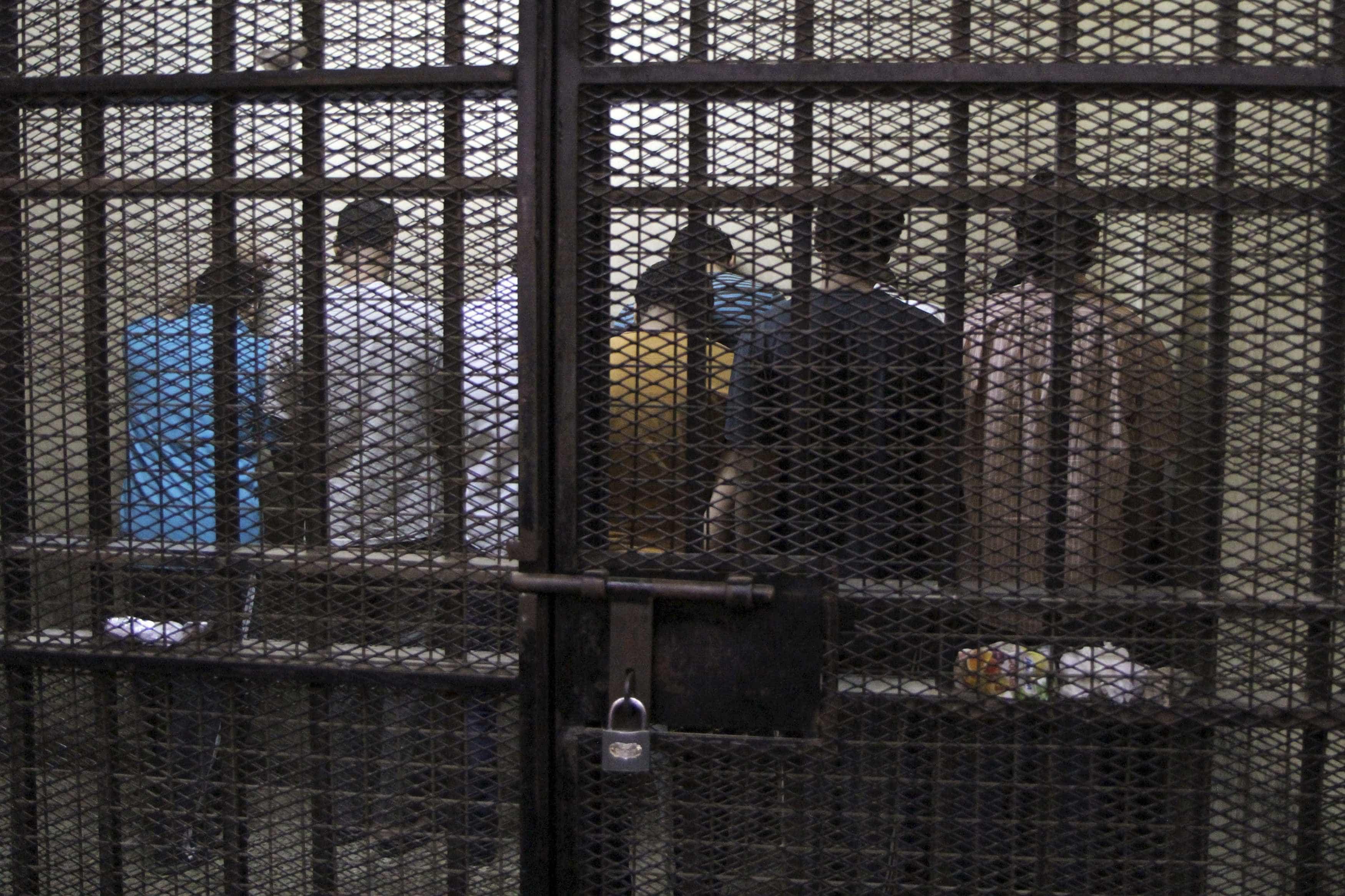 Cerca de 200 reclusos da prisão de Santa Cruz do Bispo recusaram jantar