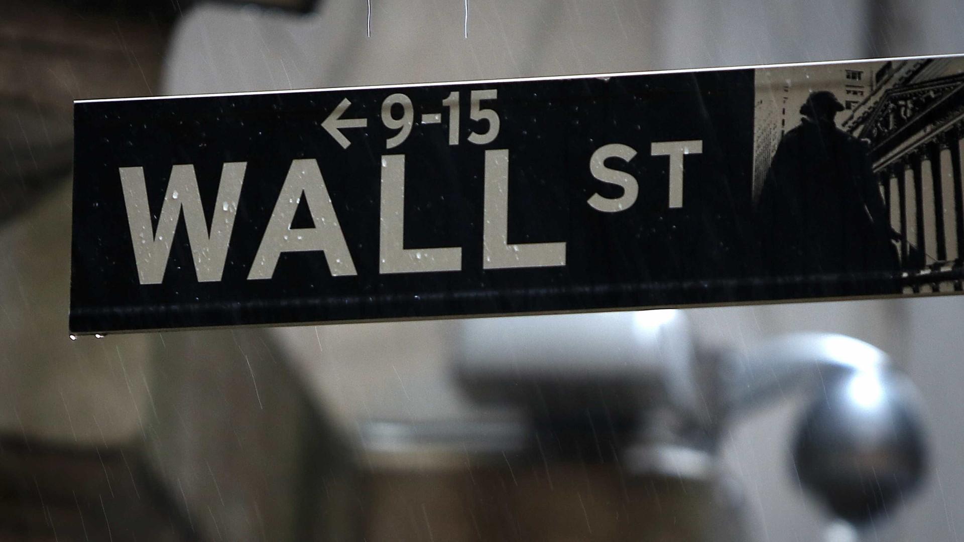 Wall Street fecha em baixa com expetativa da negociação EUA-China