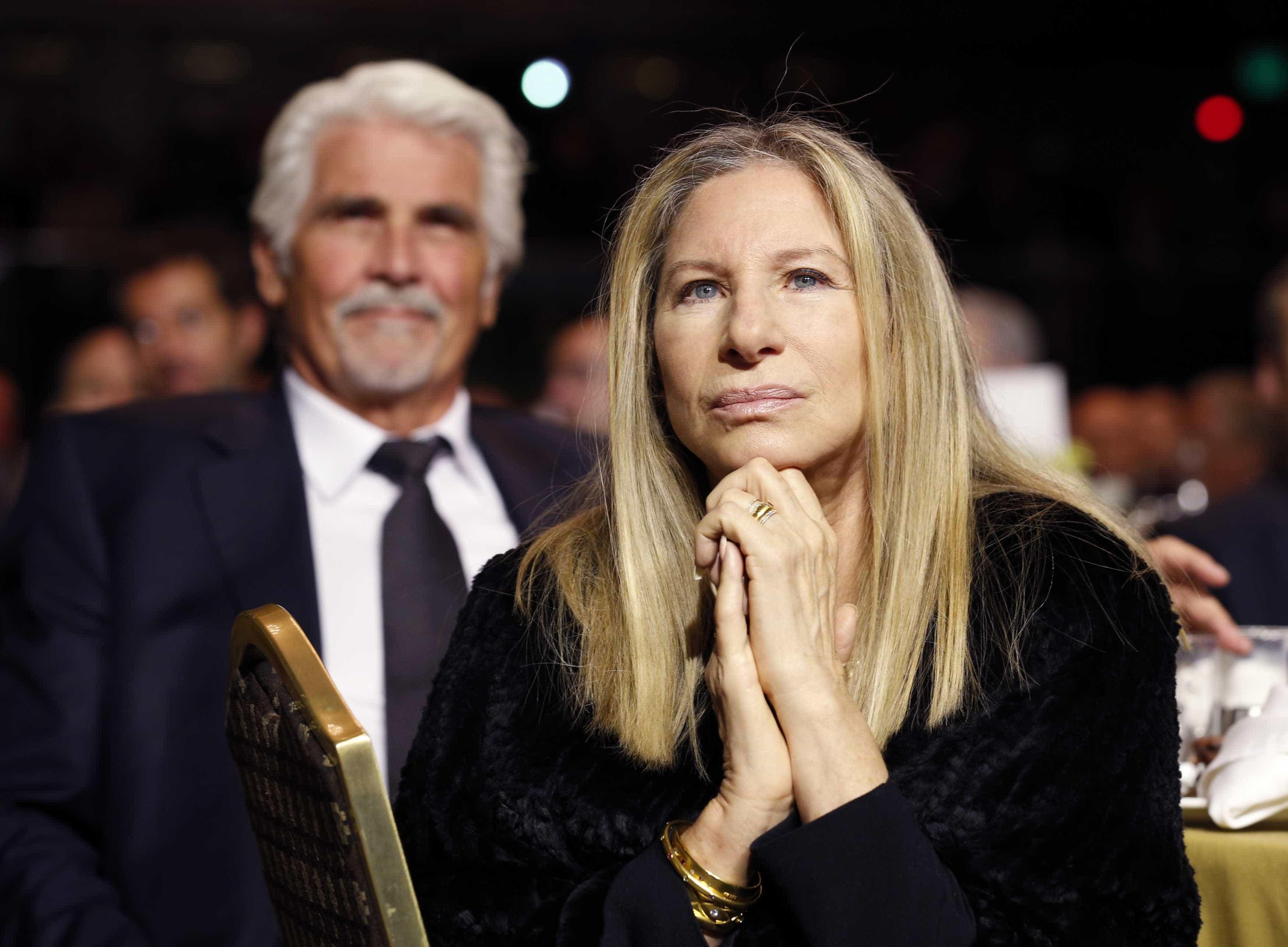 Barbra Streisand acredita nas vítimas de Michael Jackson mas culpa pais