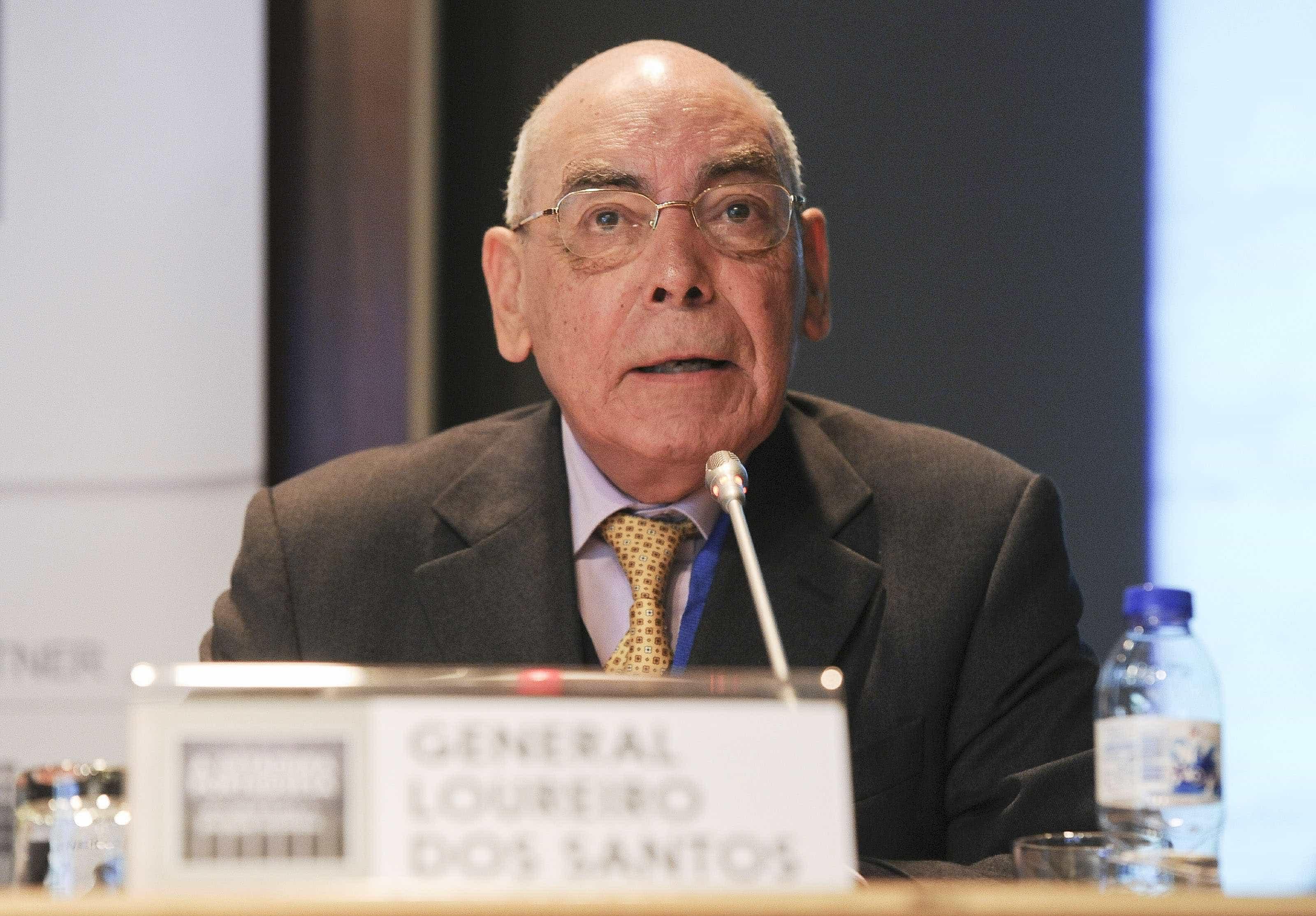 Morreu o general Loureiro dos Santos