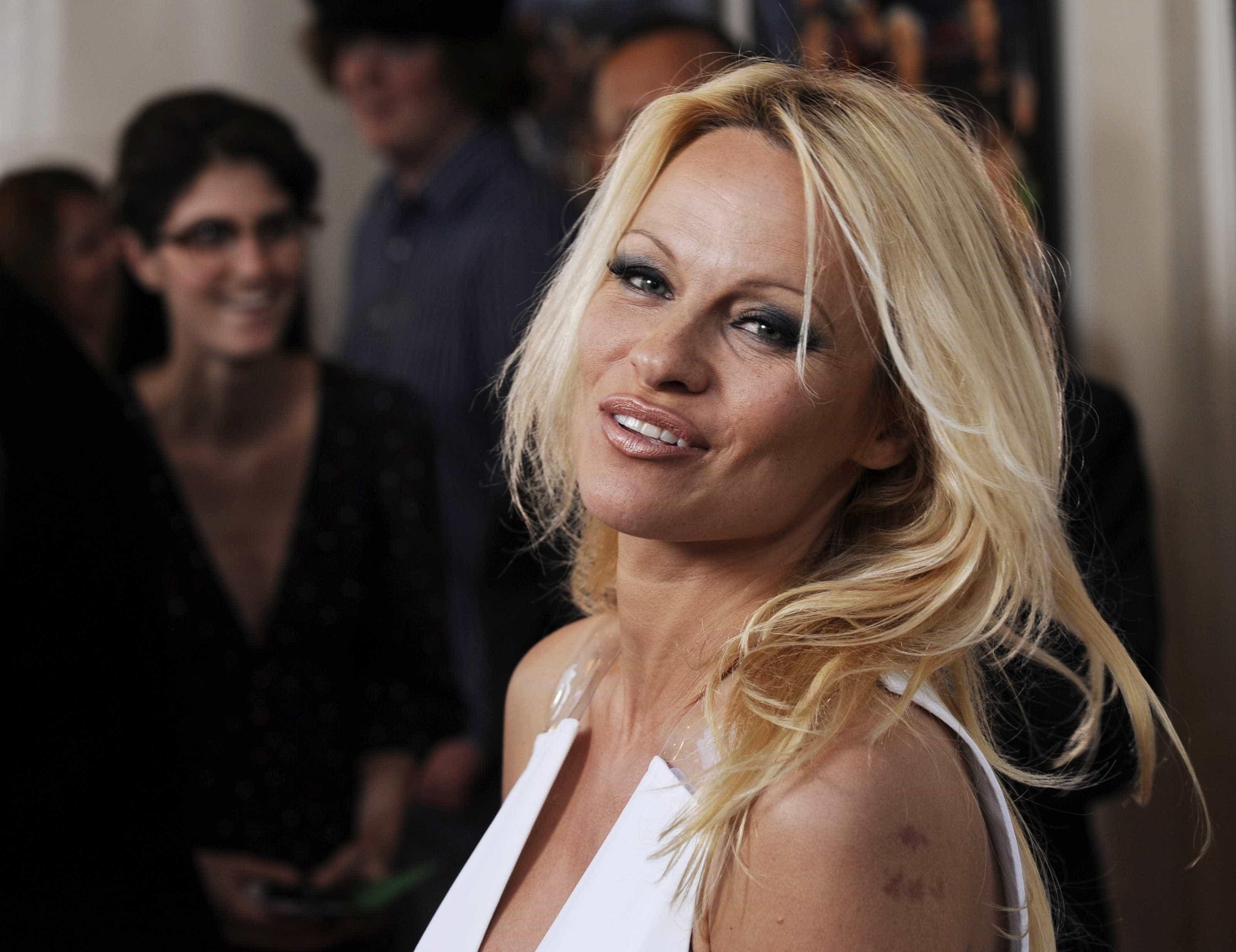 """Pamela Anderson critica movimento 'Me Too'. """"É um pouco demais para mim"""""""