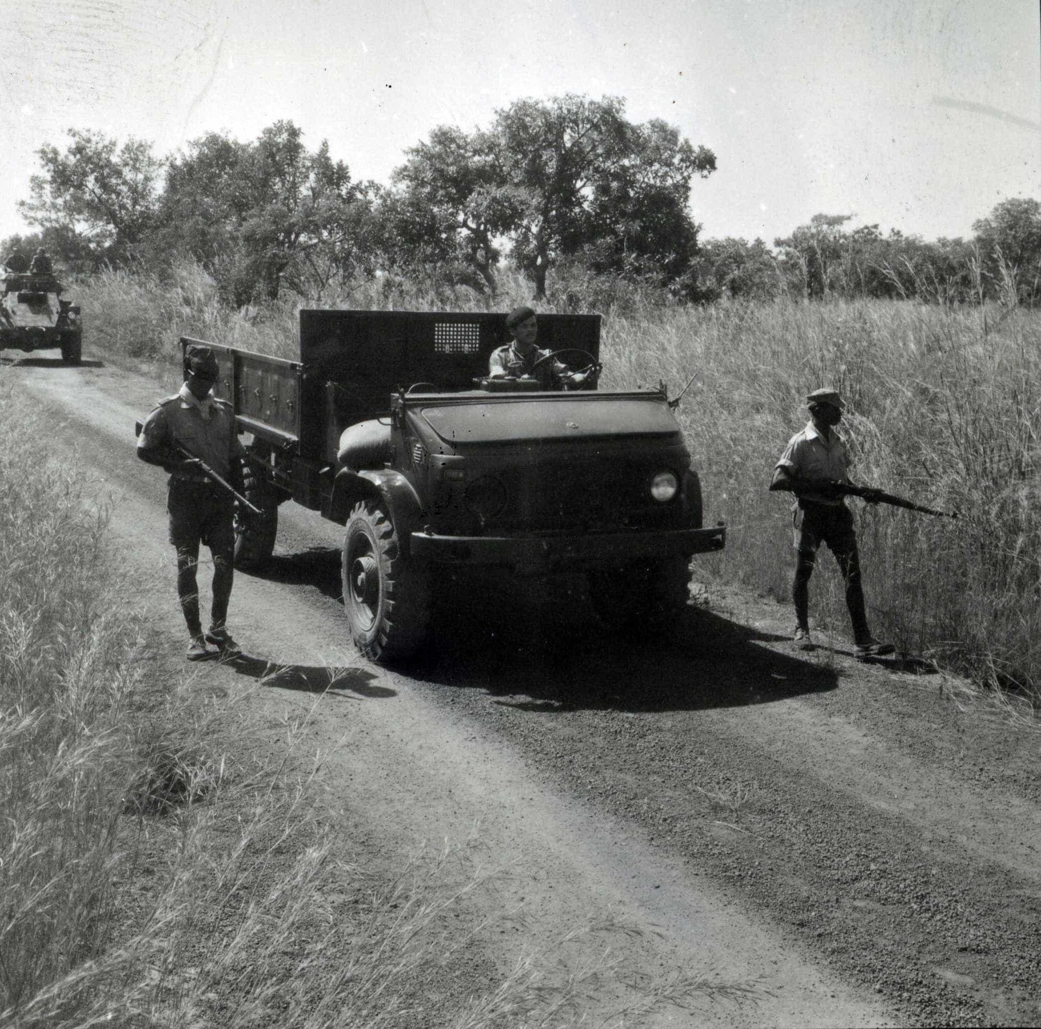 As façanhas da guerra por quem disparou primeiro tiro contra colonialismo