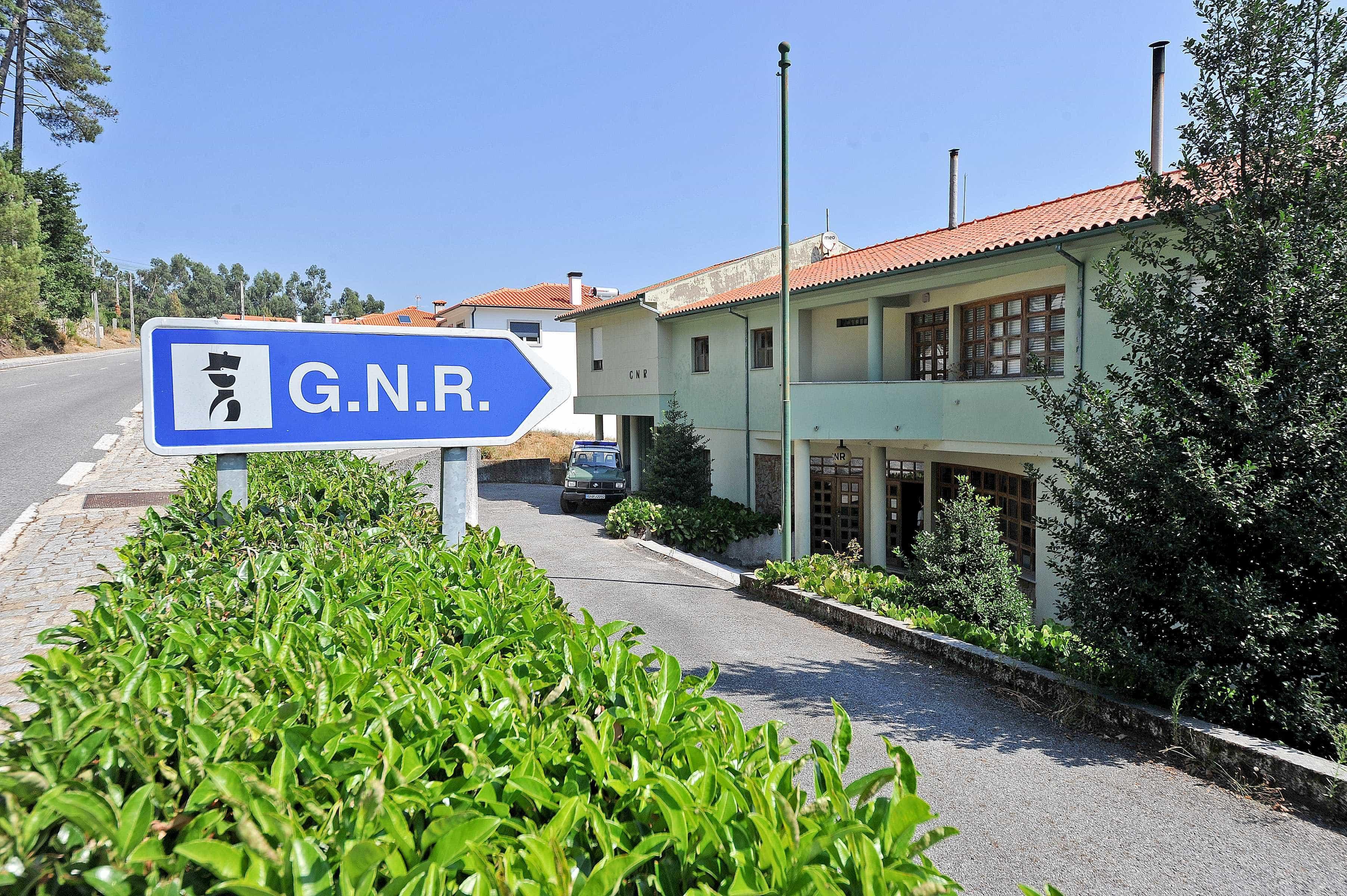 Dupla de ladrões apanhada pela GNR após o quinto assalto numa noite