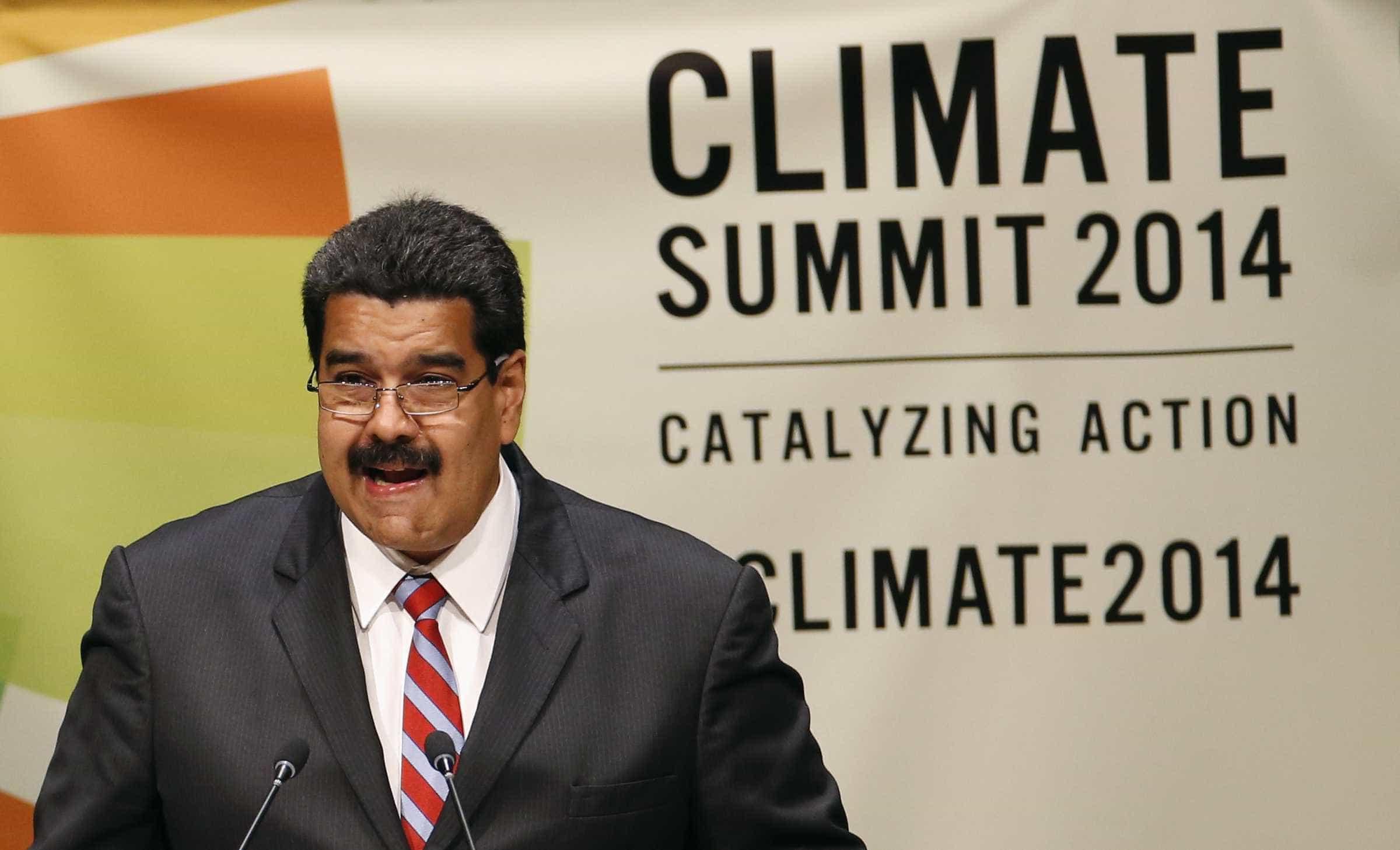 """Caracas acusa EUA de atacarem a sua """"soberania económica"""""""