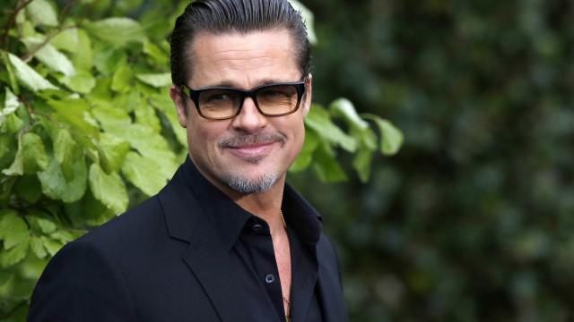 Brad Pitt mantém relacionamento secreto com Charlize Theron?