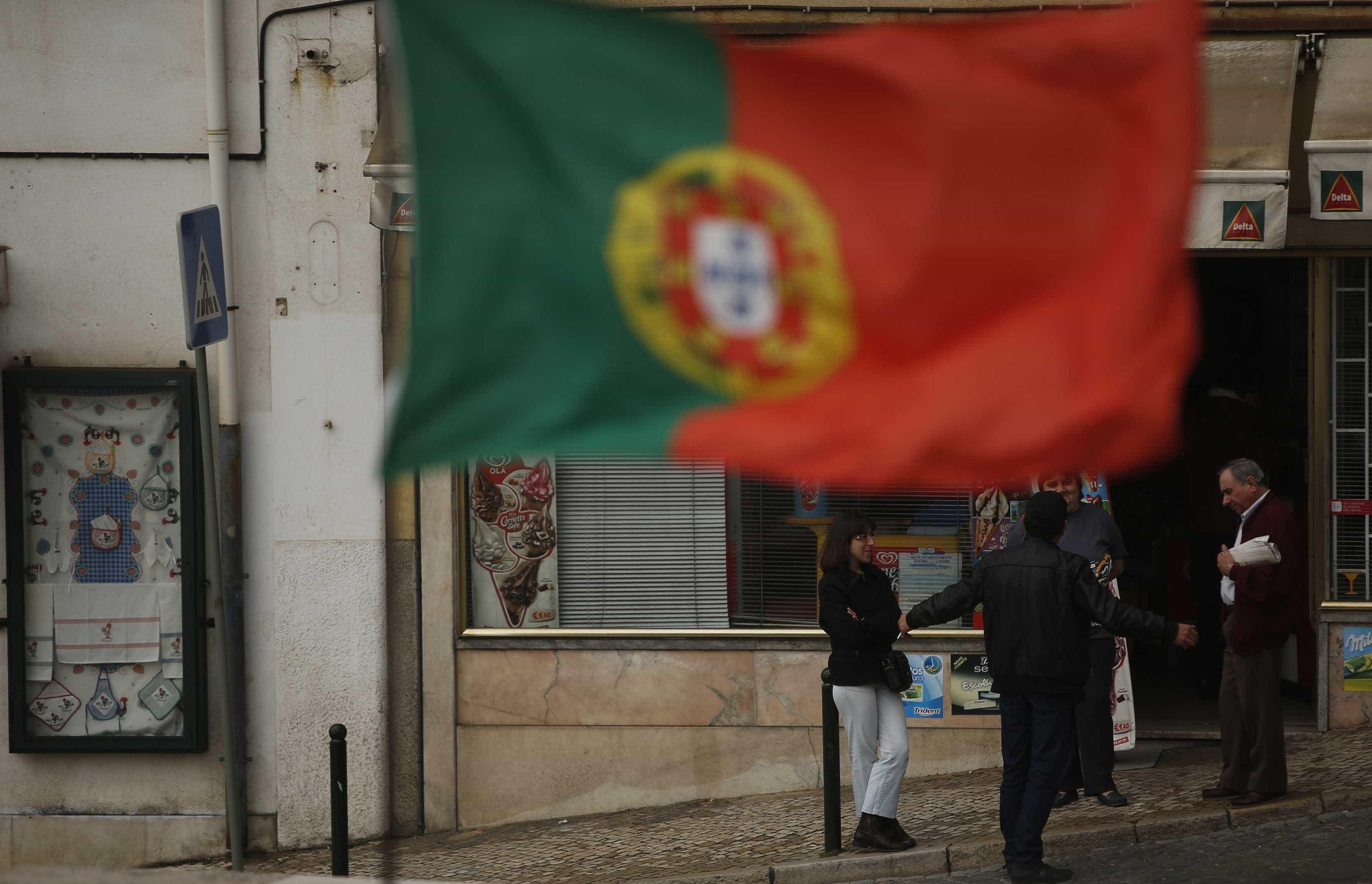 Trabalhadores portugueses na Irlanda acusam construtoras de dívidas