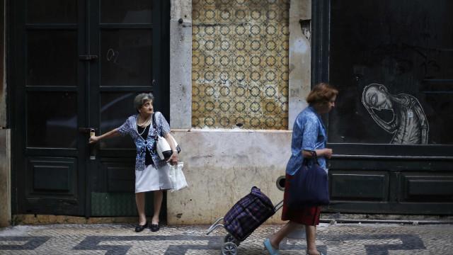 OCDE defende fim do regime de pensões para desempregados de longa duração