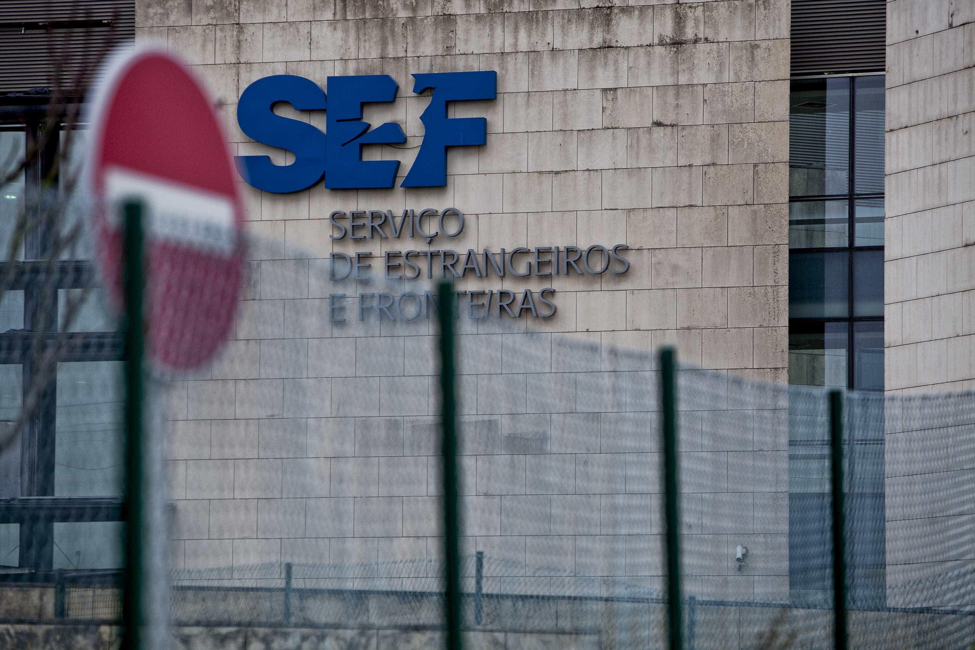 Inspetores do SEF anunciados em 2017 só entrarão em funções em 2021