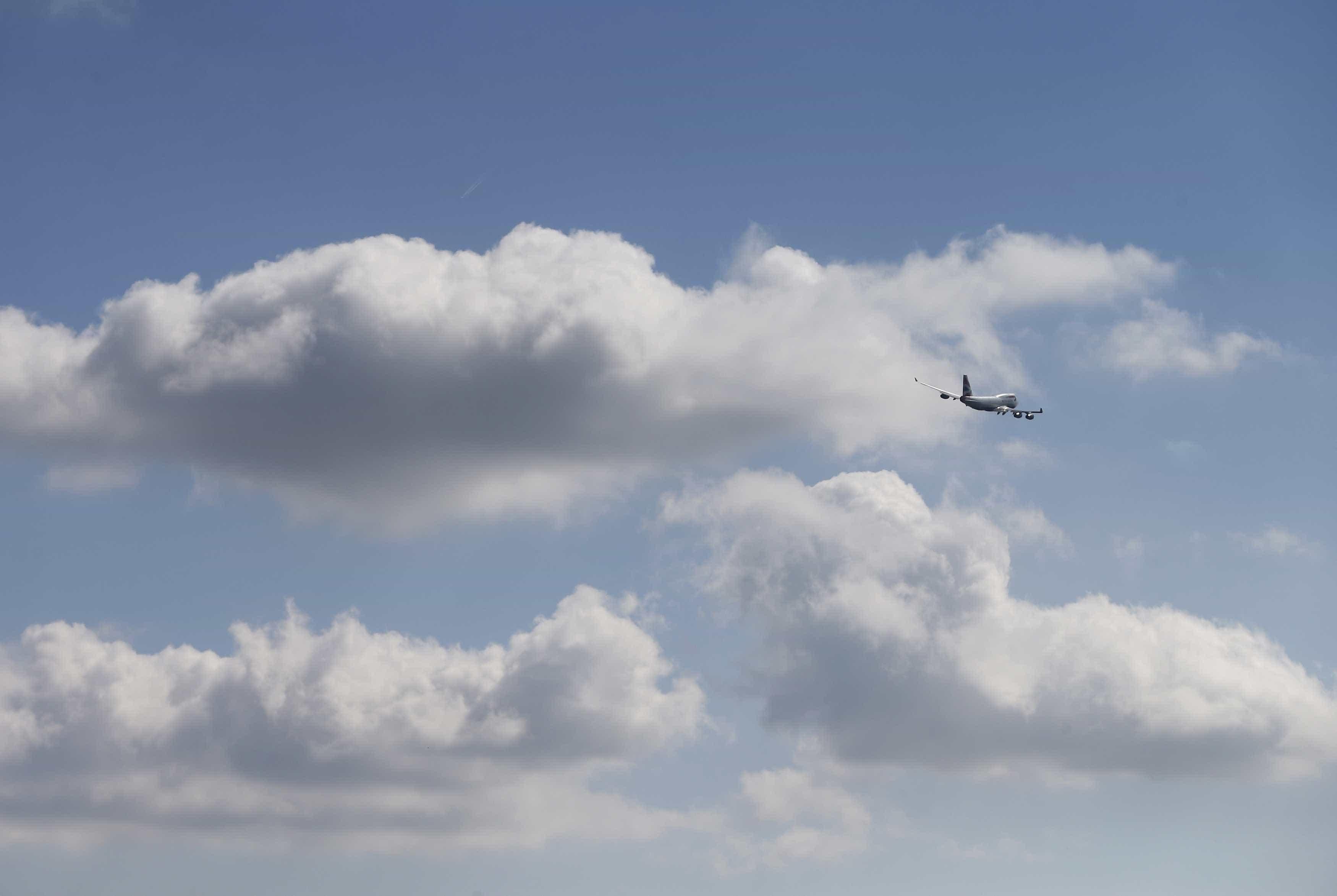 Combustíveis: 16 aviões com partida de Portugal abasteceram em Sevilha
