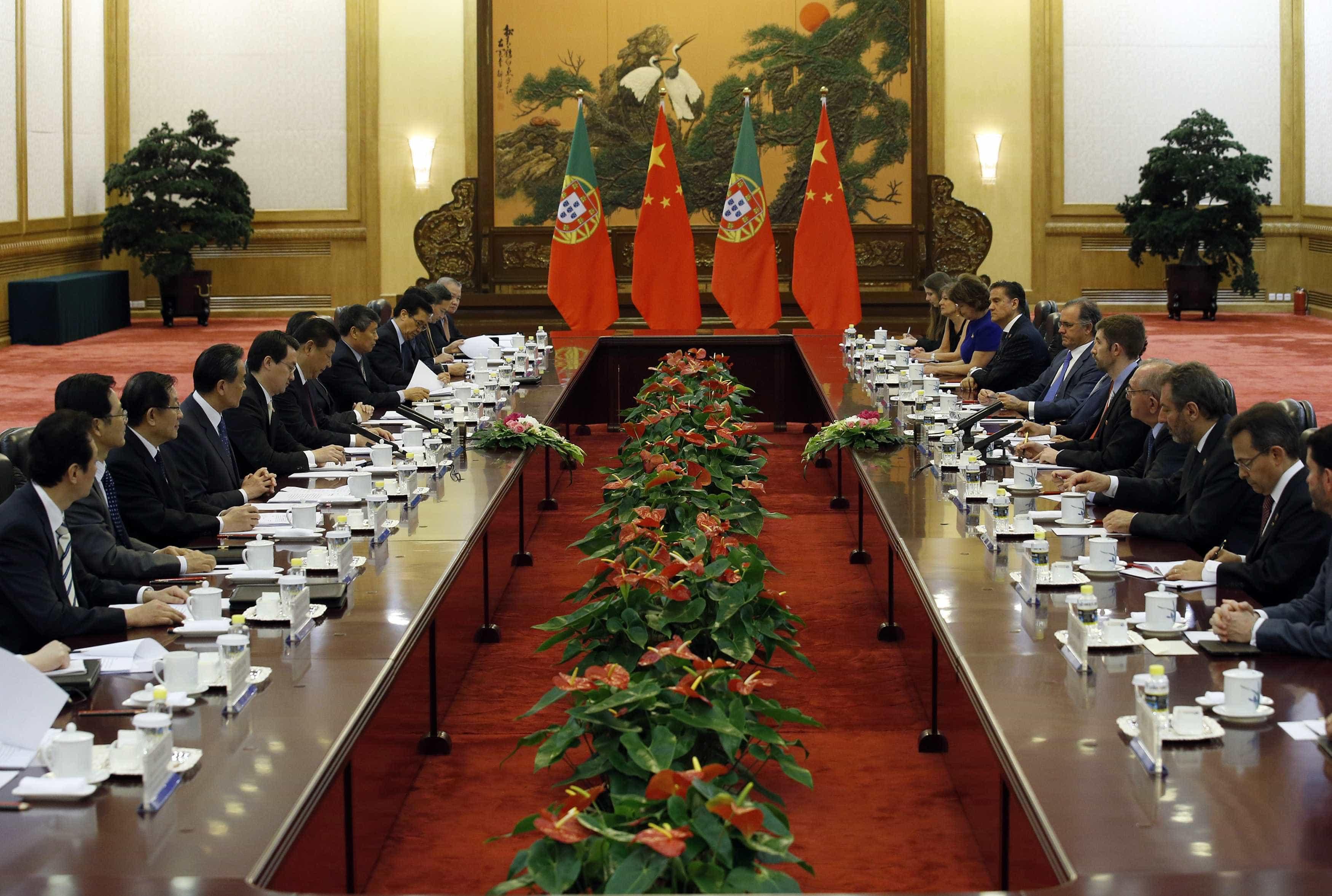 Infraestruturas são próximo alvo de investimento chinês em Portugal