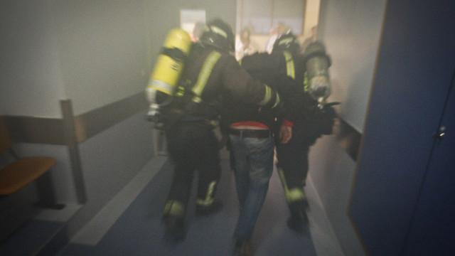 Incêndio em residência de estudantes em Coimbra. Prédio evacuado