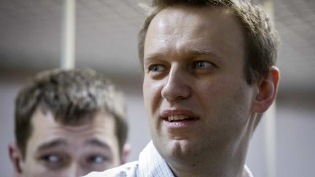 Tribunal dos Direitos Humanos condena Rússia por perseguição a Navalny