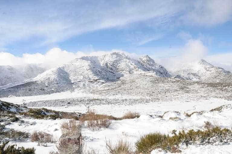 Serra da Estrela: EN 338 cortada devido à queda de neve