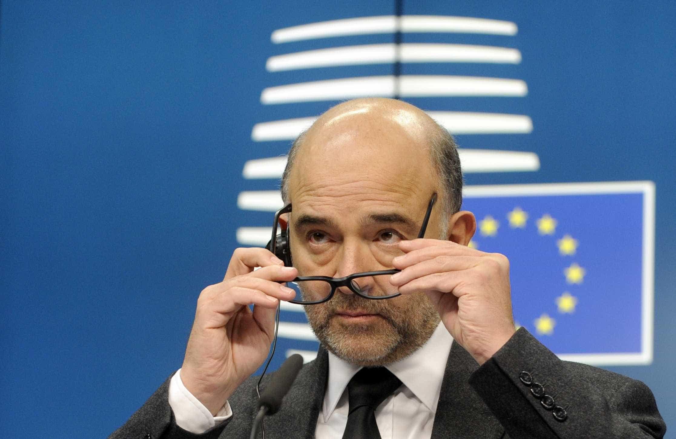 Brexit: Moscovici alerta que Londres tem hoje a última oportunidade