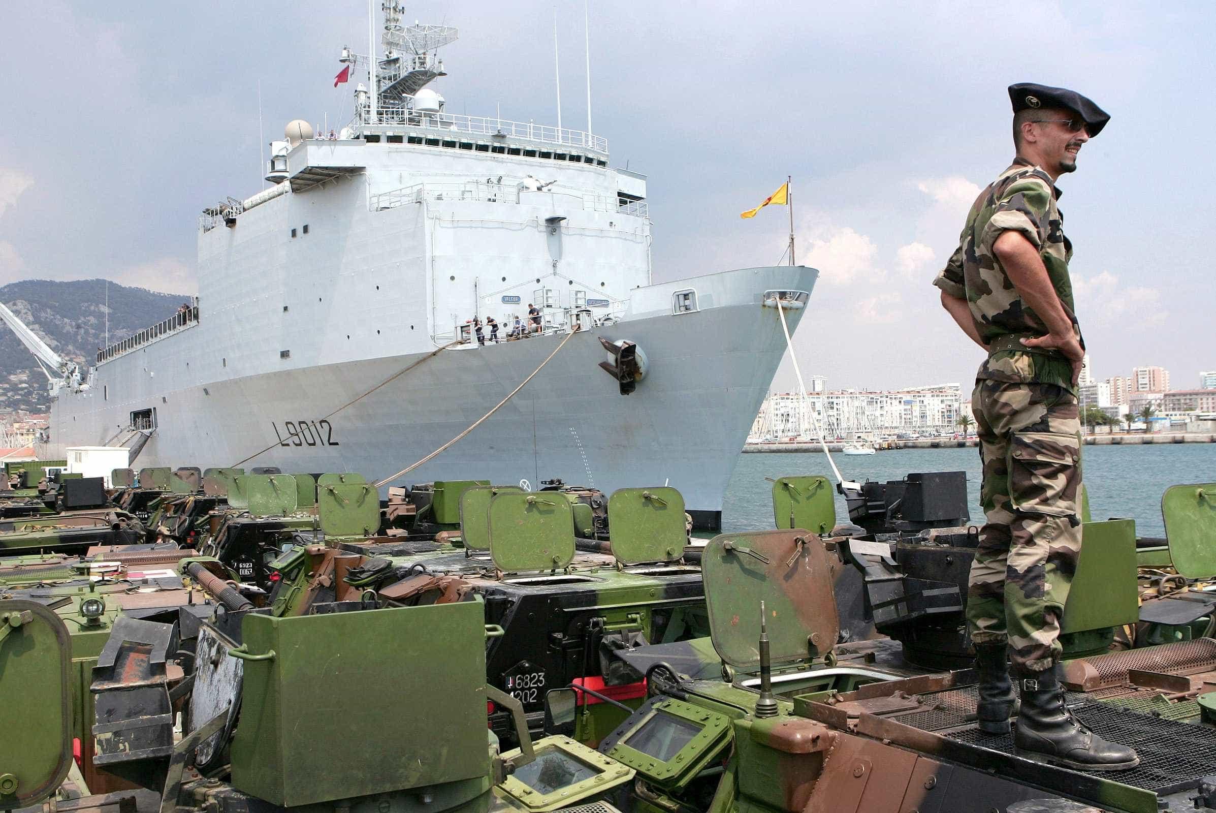 Navio português termina em Cabo Verde missão de três meses