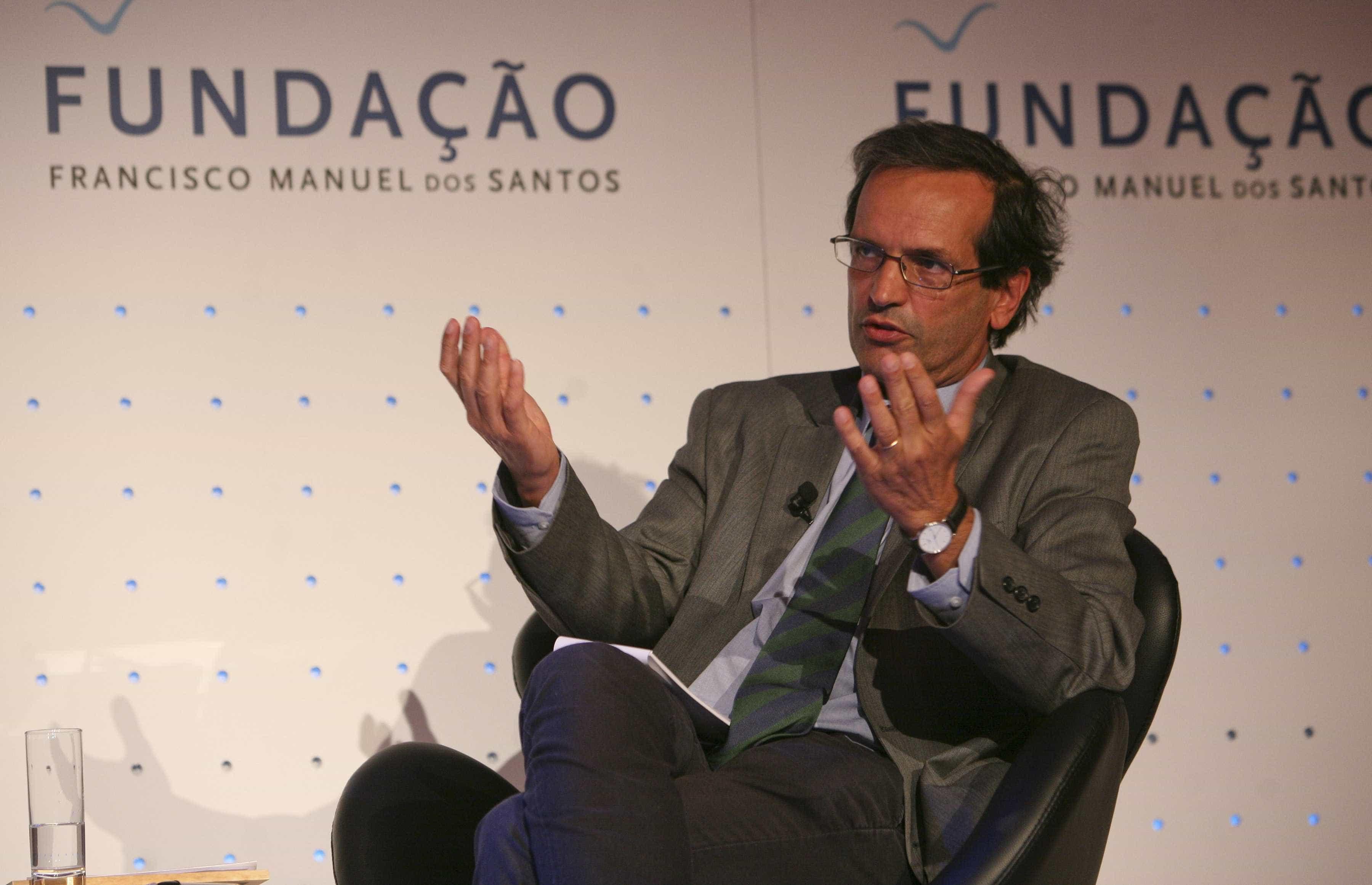 """Paulo Trigo Pereira sai com críticas ao """"paternalismo"""" do Governo"""