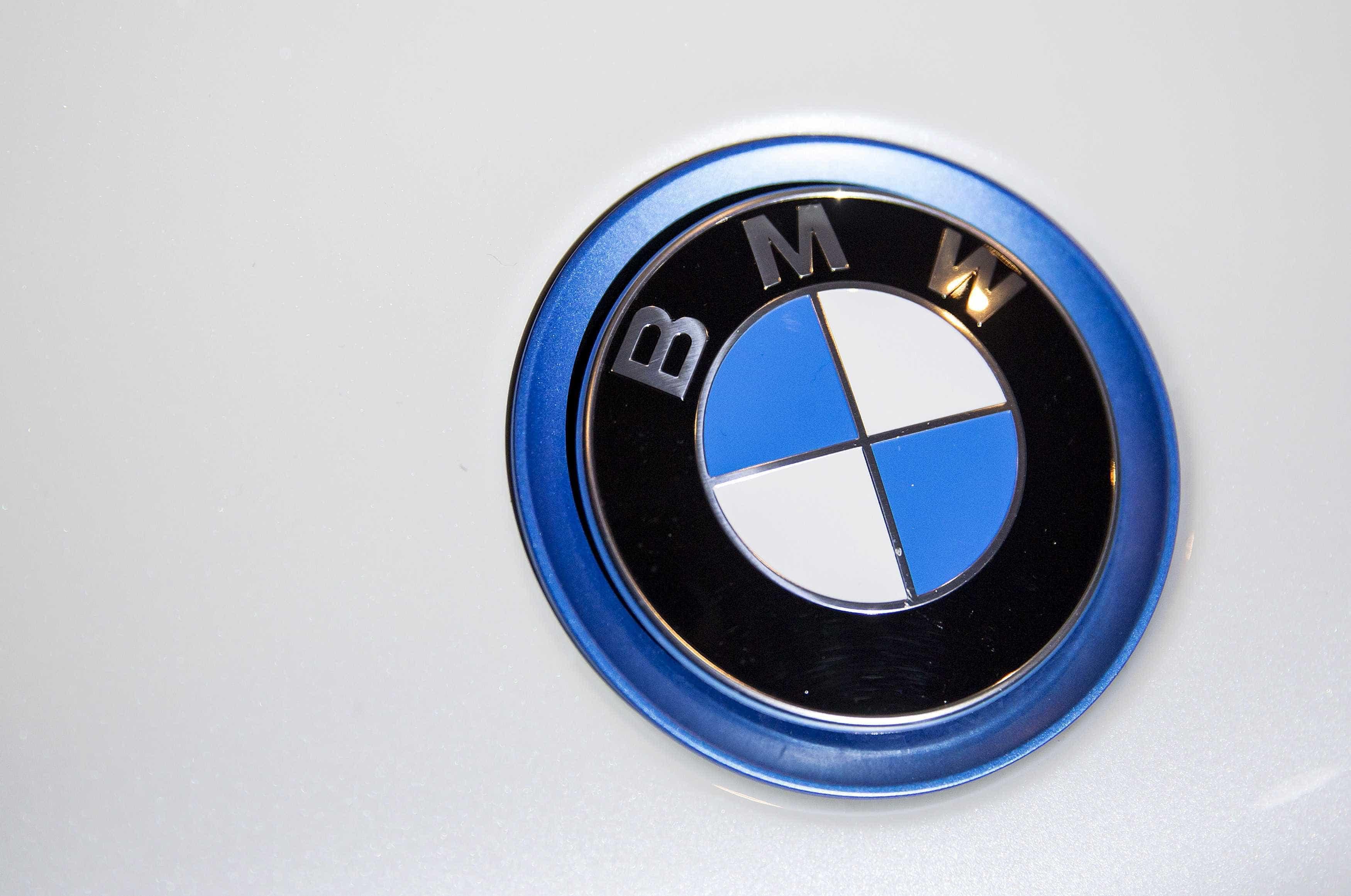 BMW reserva mil milhões de euros para eventual multa da Comissão Europeia