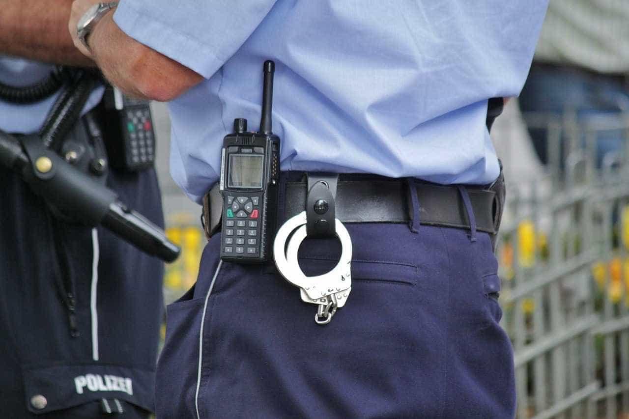 Mexicano de 83 anos assalta banco na Guarda. Outros 3 suspeitos fugiram