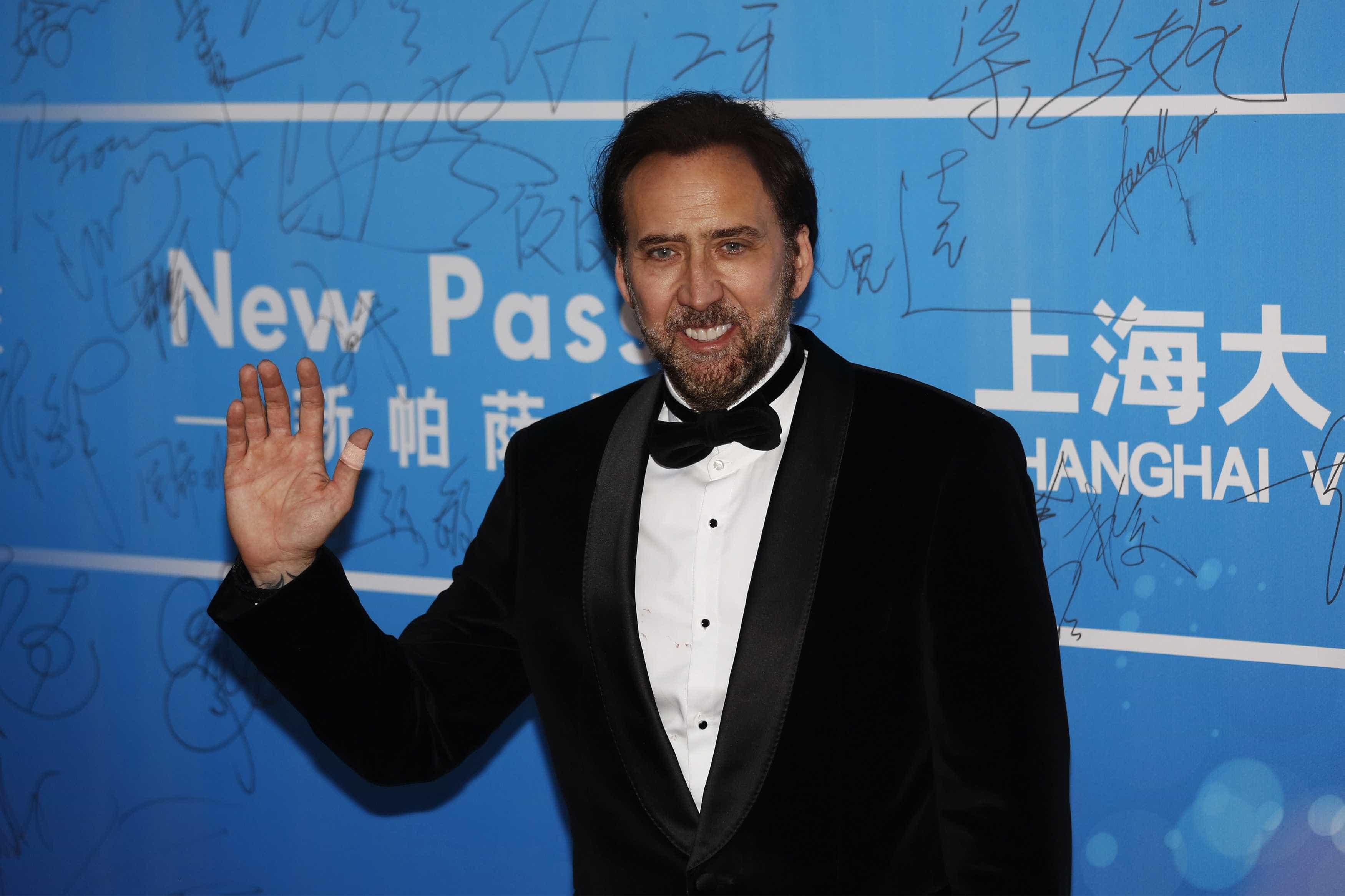 """Imagens de Nicolas Cage com comportamento estranho: """"Estava fora de si"""""""
