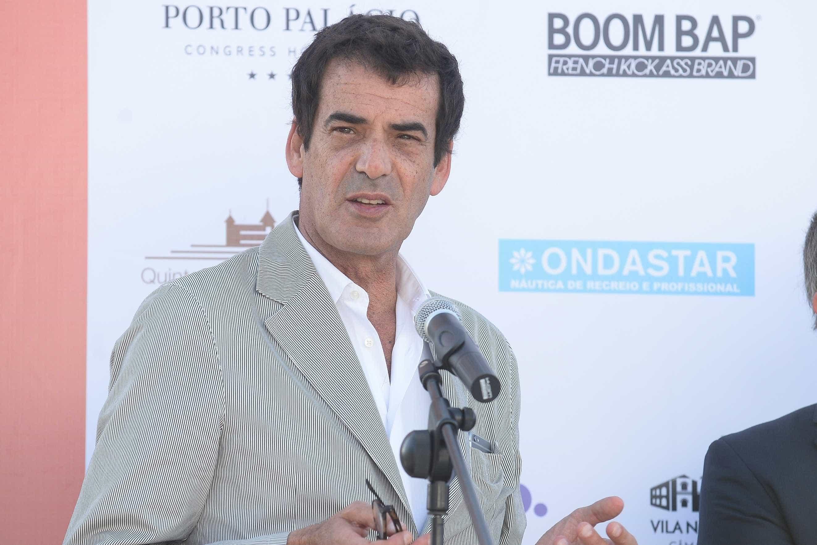 Oposição na Câmara critica secretismo de Rui Moreira sobre nova ponte