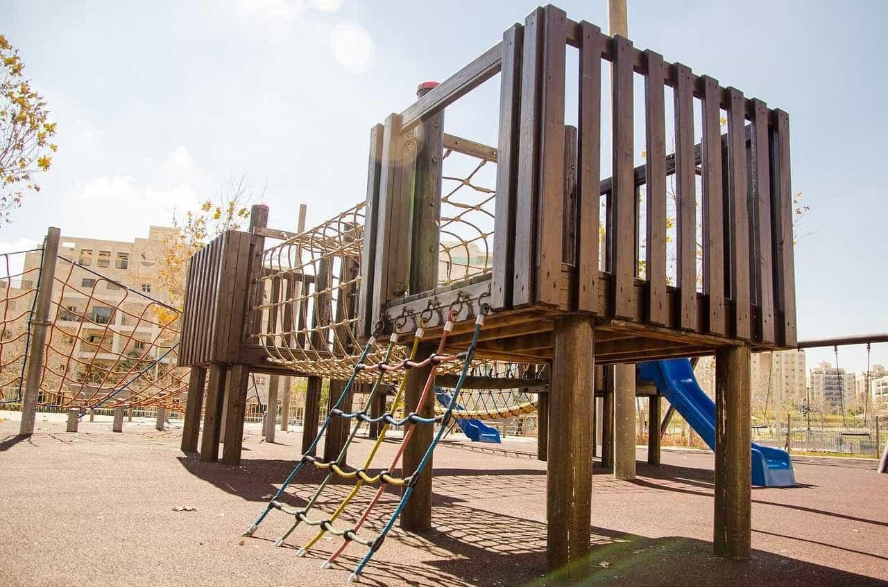 Suspensos 12 parques infantis por falta de segurança (e não)